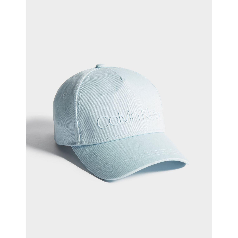 47514e3ca55 Lyst - Calvin Klein Cap in Blue