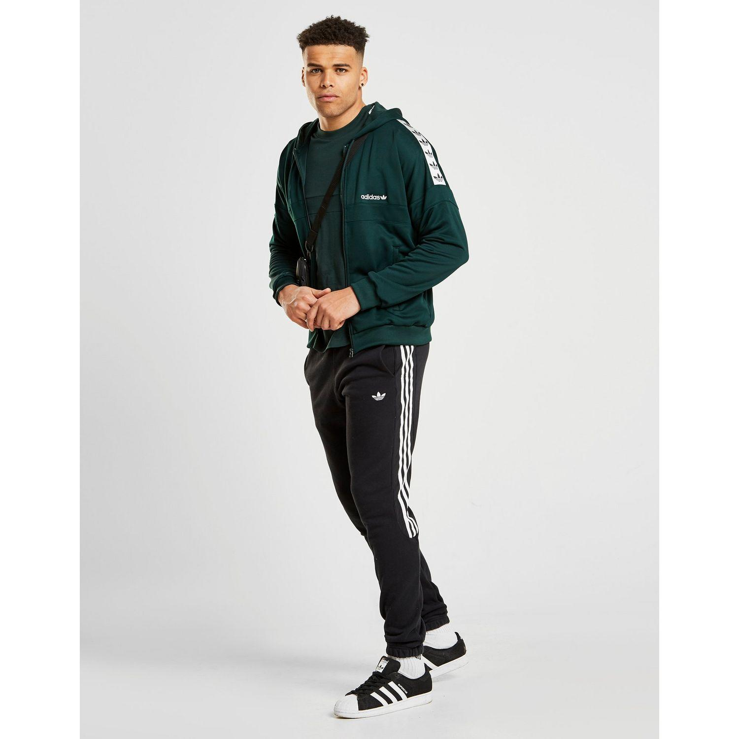 Exclusive to JD. Zip up in iconic style with this men's ID96