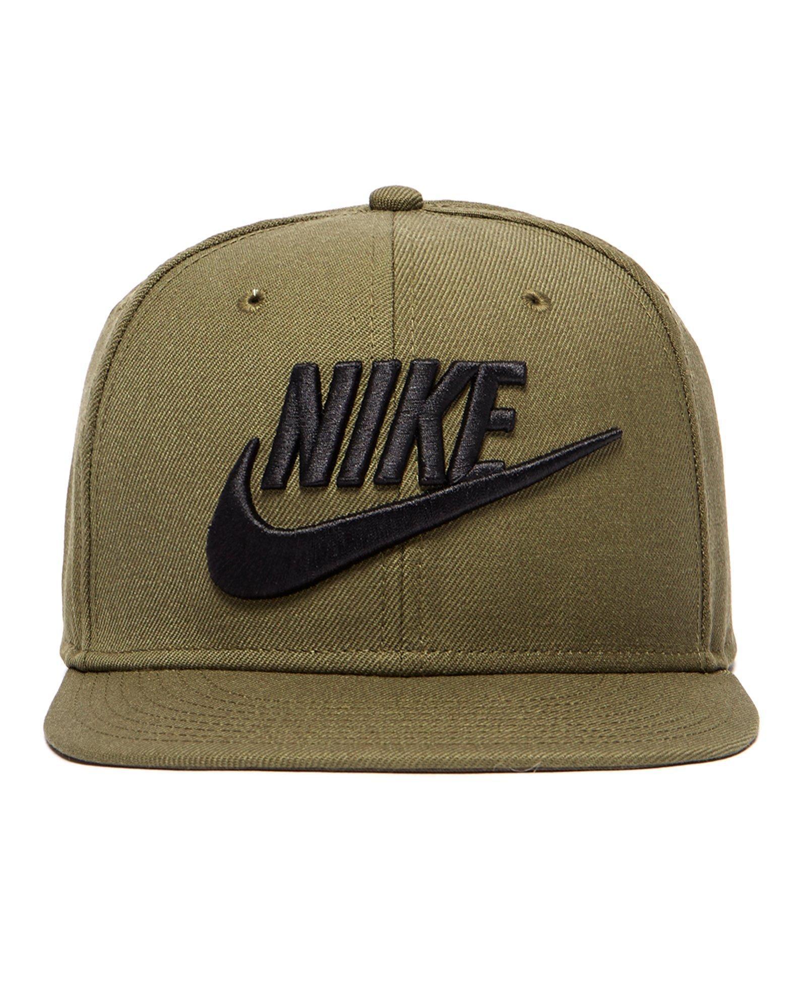 b825919fbe50a Nike Futura True 2 Snapback Cap in Green for Men - Lyst