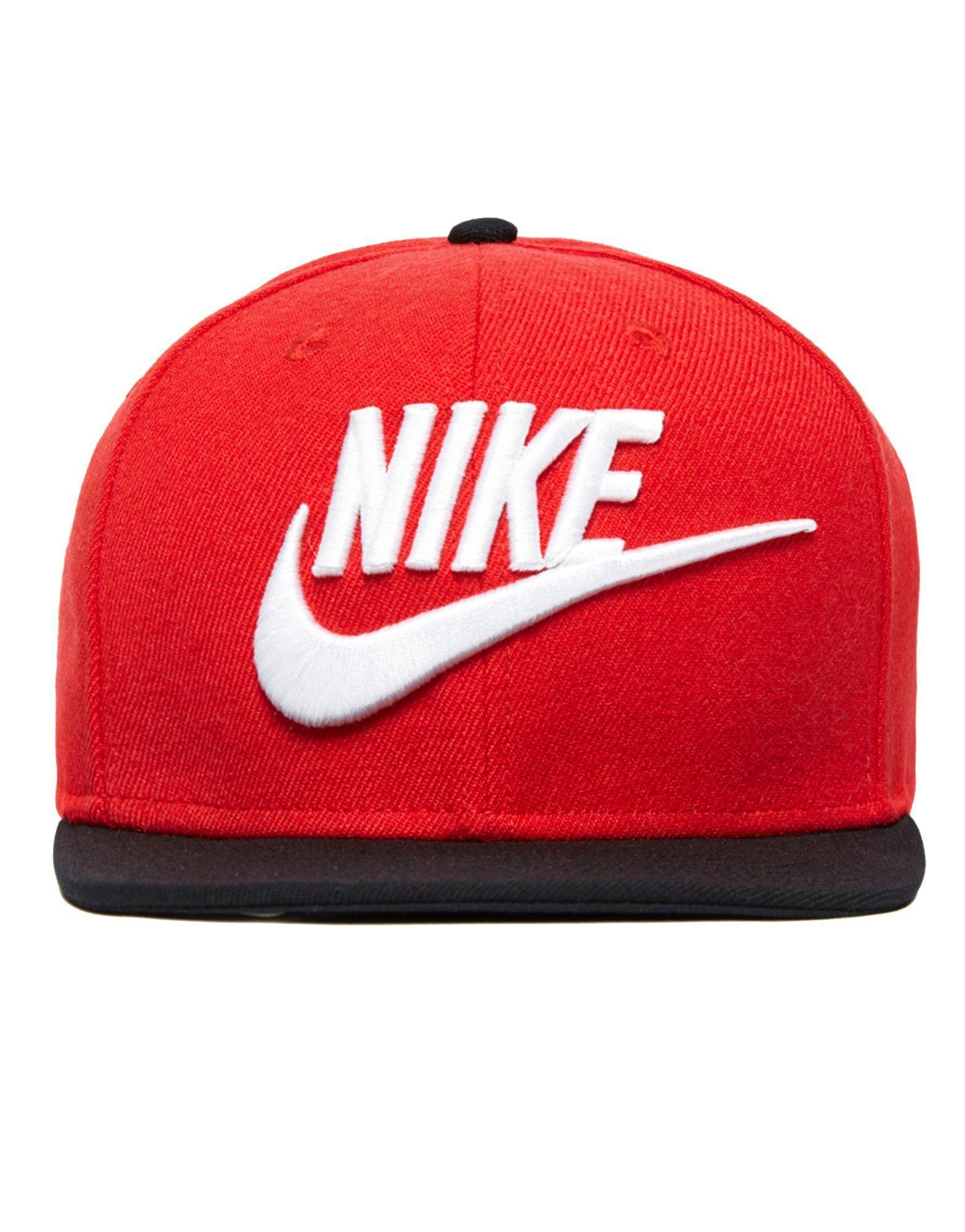 3c3f4aa6fe9 Lyst - Nike Futura True 2 Snapback Cap in Red for Men