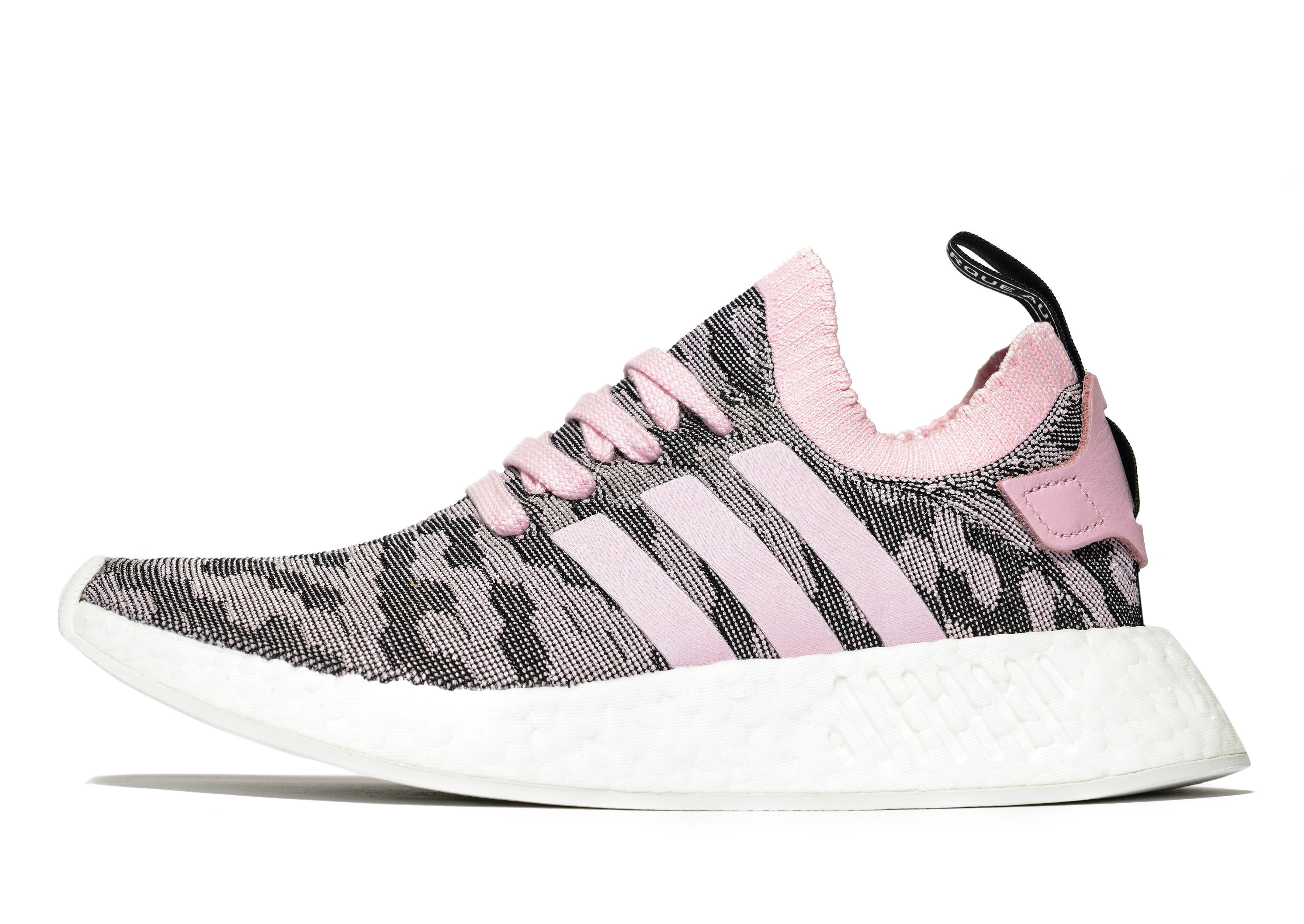 quality design 34565 38fea Lyst - adidas Originals Nmd R2 in Pink