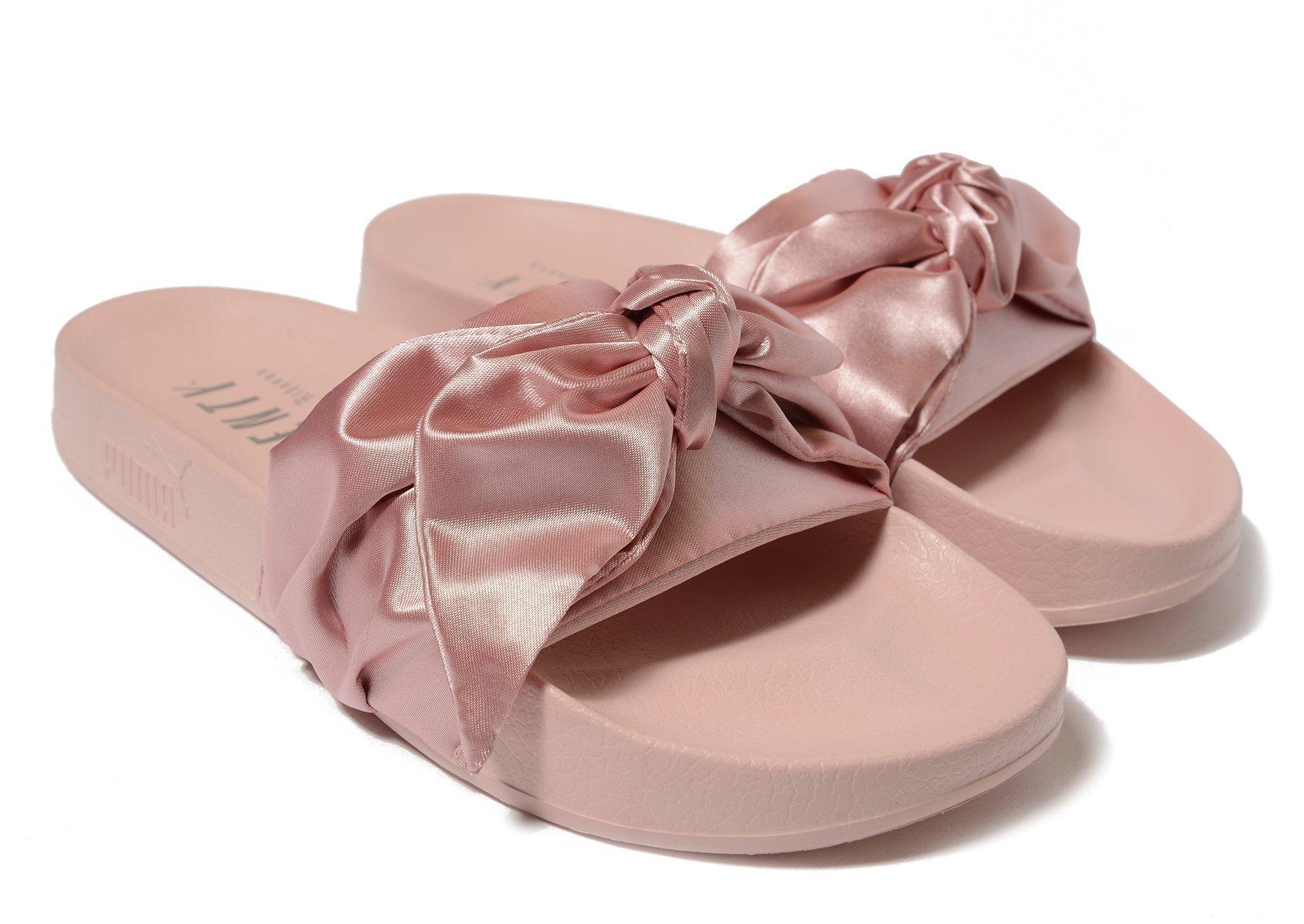purchase cheap cf85e 0e329 PUMA Pink Fenty Bow Slide