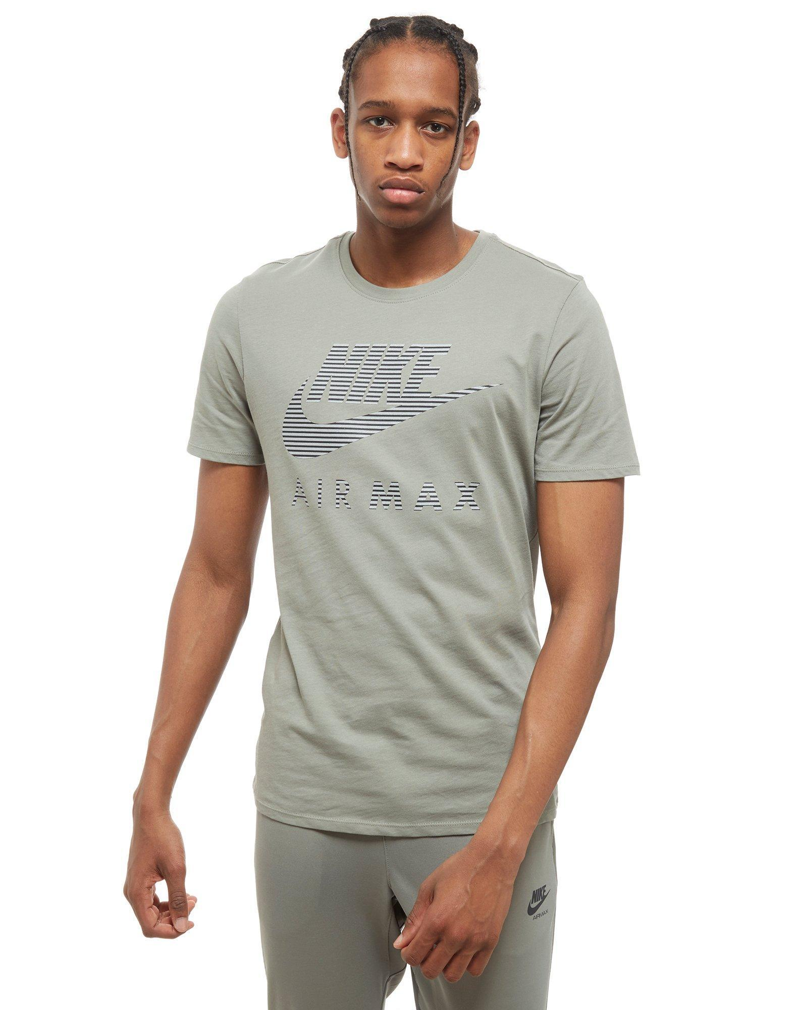 sports shoes retail prices best loved Air Max Reflective T-shirt