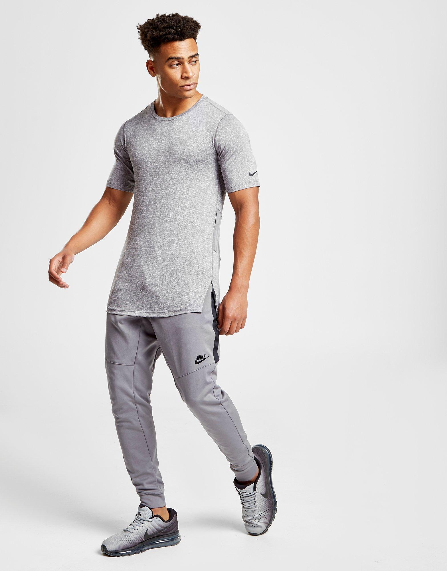 a687186f20 Nike Gray Utility Ss T Gun Smk for men