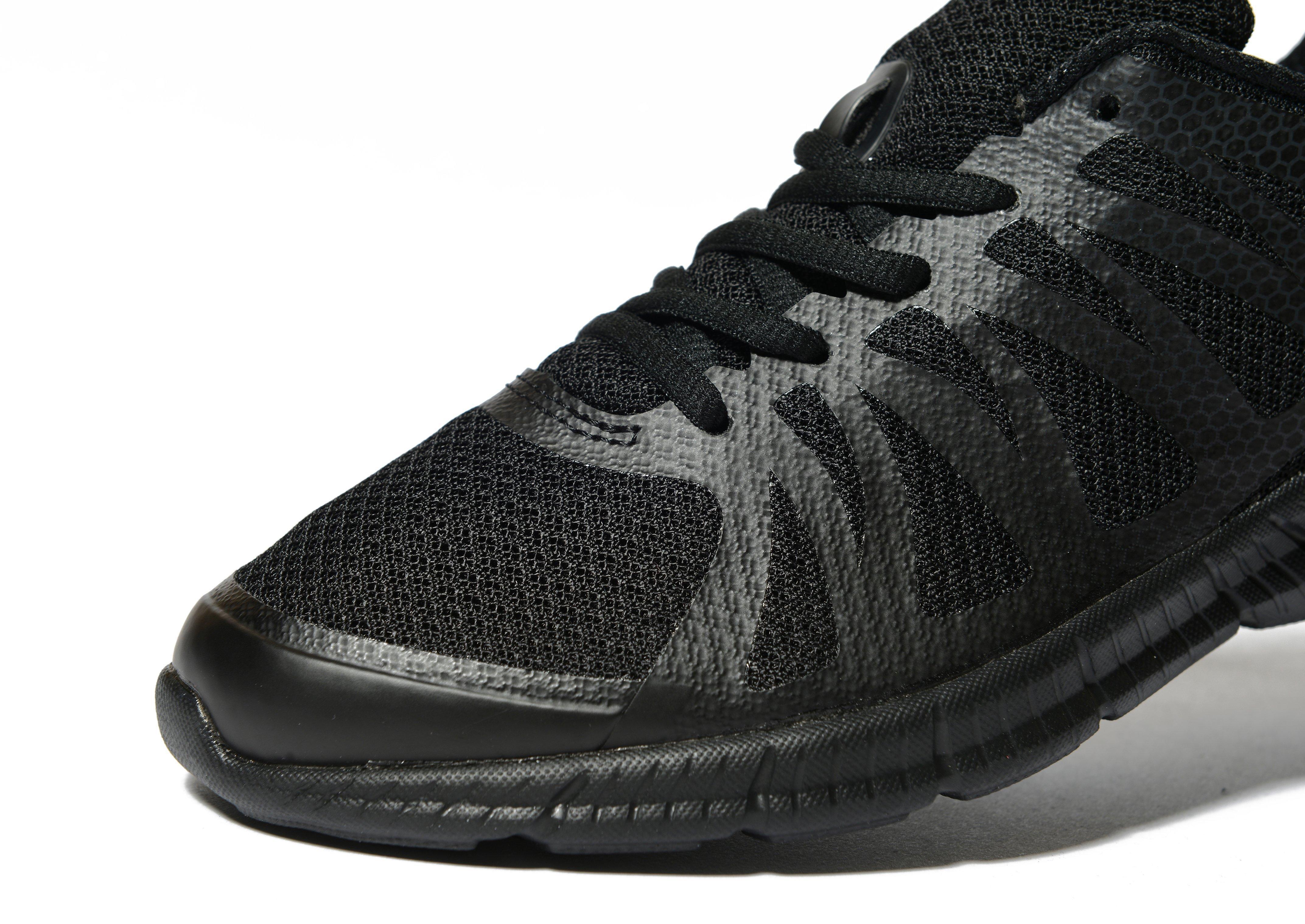 Fila Synthetic Finition in Black/Silver