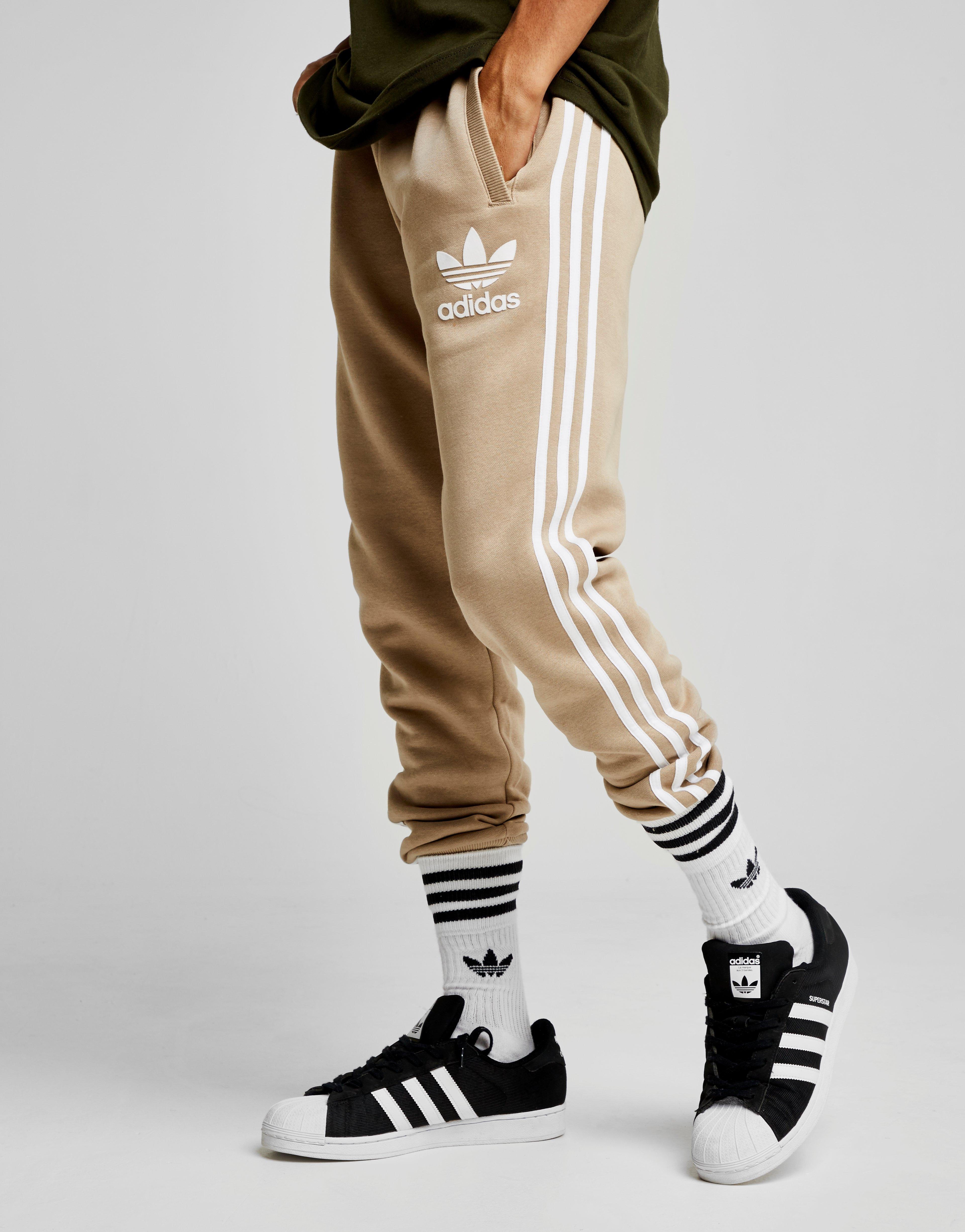 plataforma Extranjero alfombra  adidas Originals Cotton California Track Pants in Light Brown/White (Brown)  for Men - Lyst