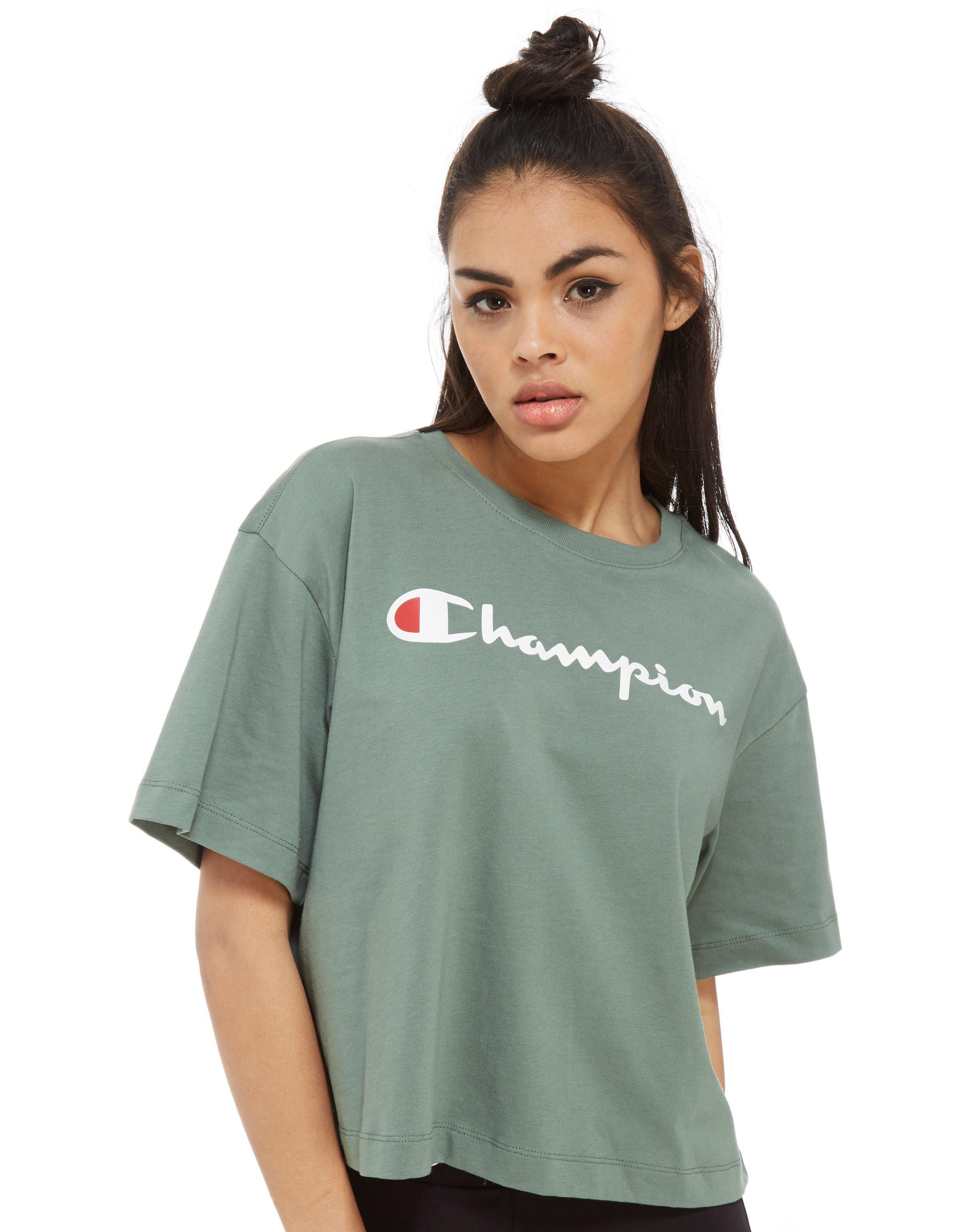 champion boxy logo t shirt in green lyst. Black Bedroom Furniture Sets. Home Design Ideas