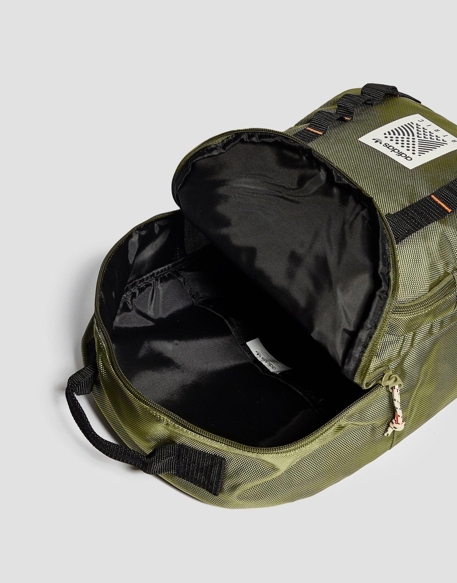 f20e2f1bdde0 adidas Originals Classic Atric Backpack in Green for Men - Lyst