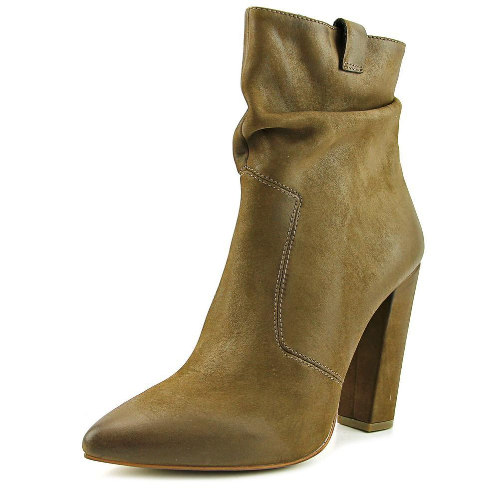 8cfcf8efc226e Lyst - Steve Madden Ruling Pointed Toe Leather Ankle Boot