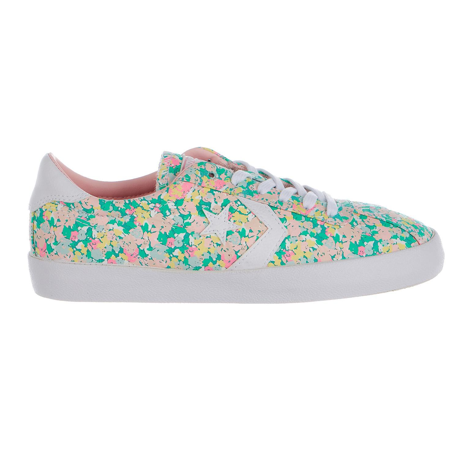 eaa75236d83e Lyst - Converse Women Chuck Taylor All Star Floral Breakpoint Ox ...