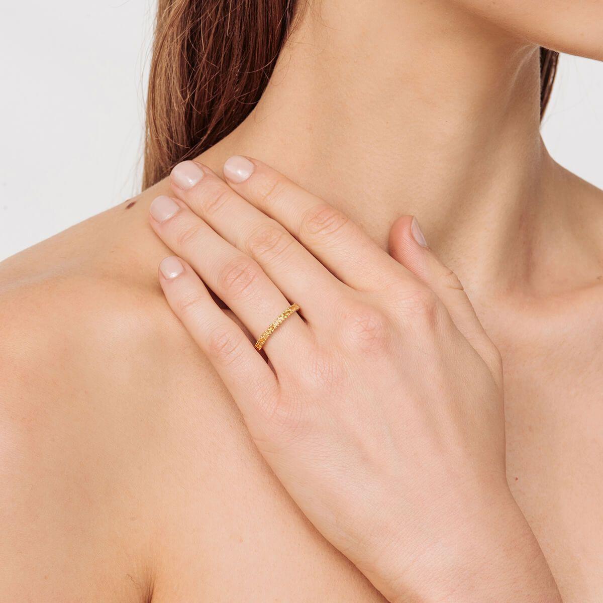 VOA Fine Jewellery Signature Heart Yellow Eternity Ring in Metallic