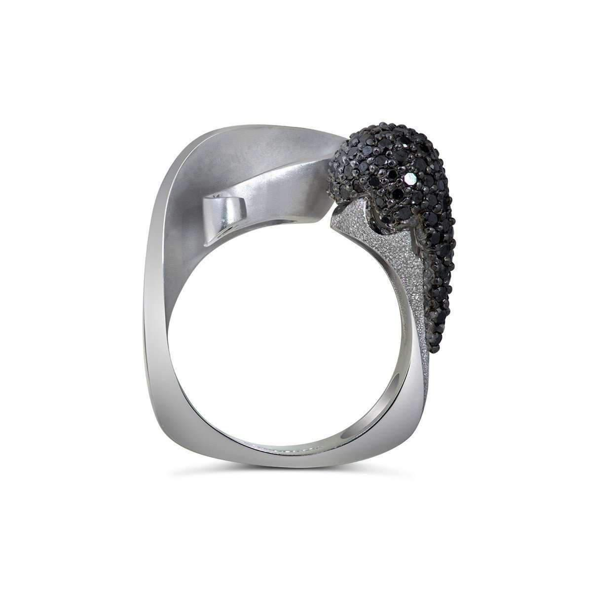 Alex Soldier 18kt White Gold & Black Diamond Calla Ring in Metallic
