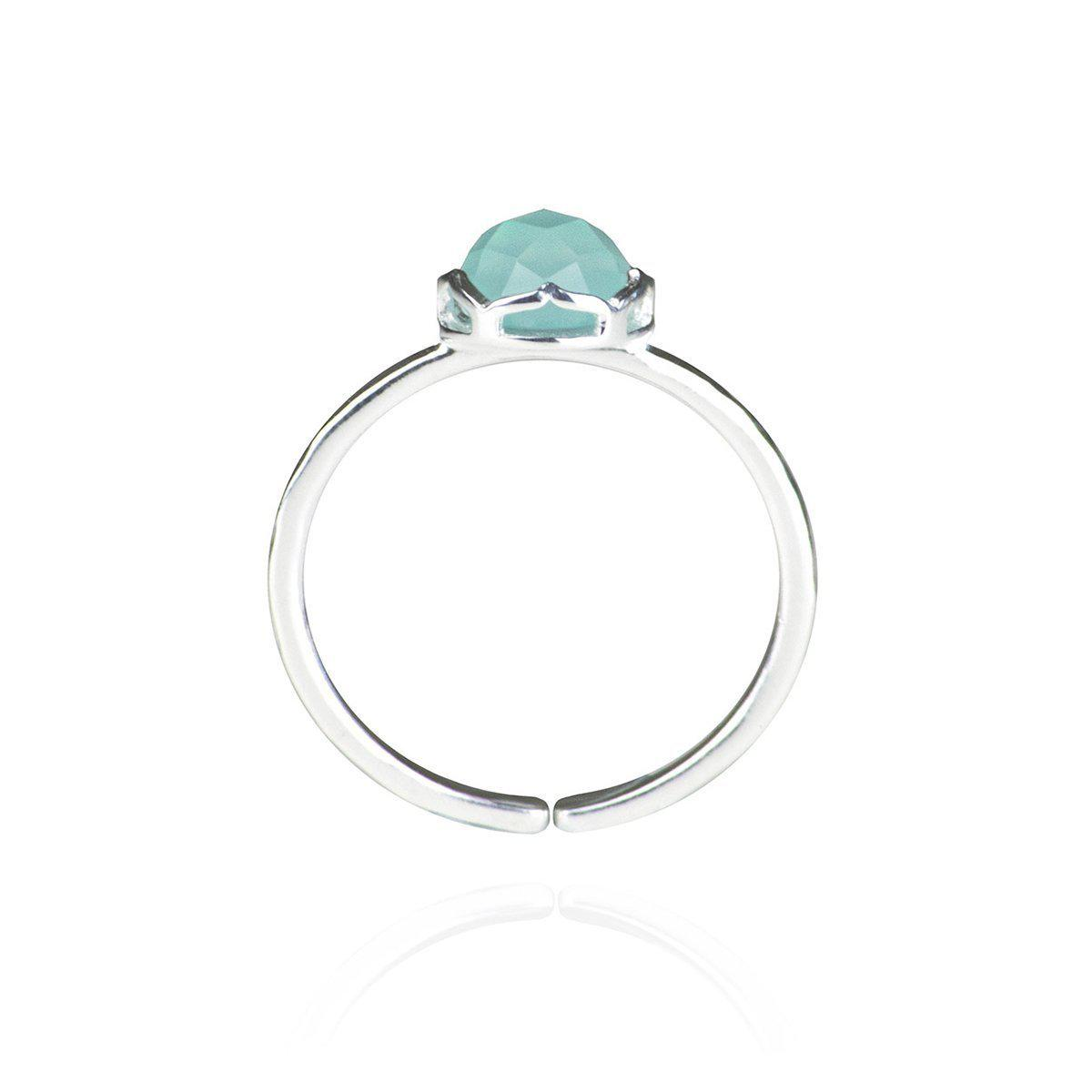 Zefyr Dosha Ring Sterling Silver With Aqua Chalcedony in Metallic