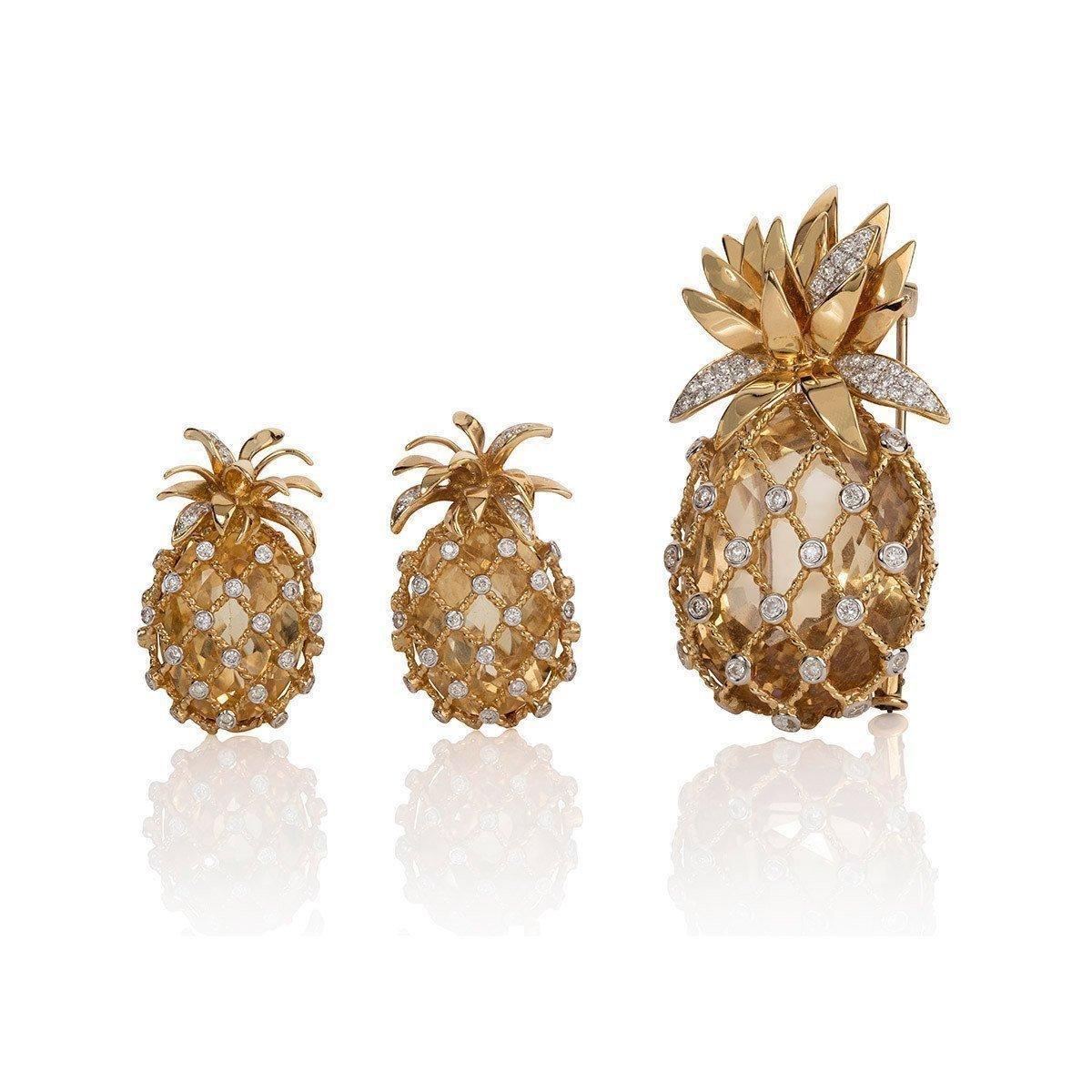 Mara Hotung 18kt Yellow Gold Pineapple Brooch With Citrine & Diamonds in Metallic
