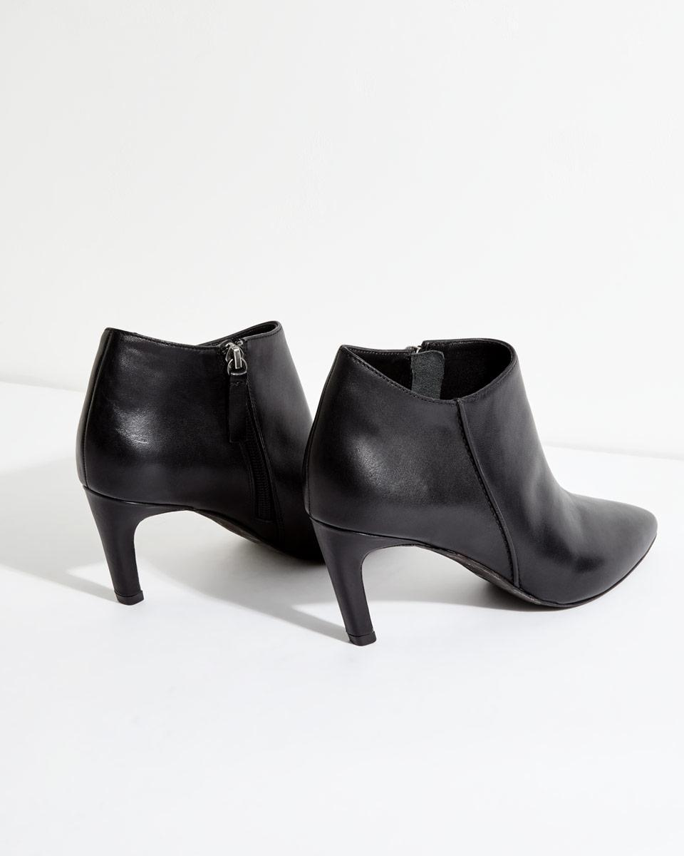 Jigsaw Leather Steena Shoe Boot in Black