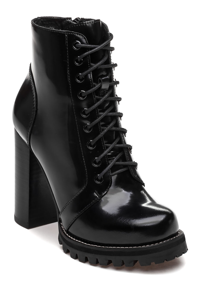 jeffrey cbell legion black leather ankle boot in black