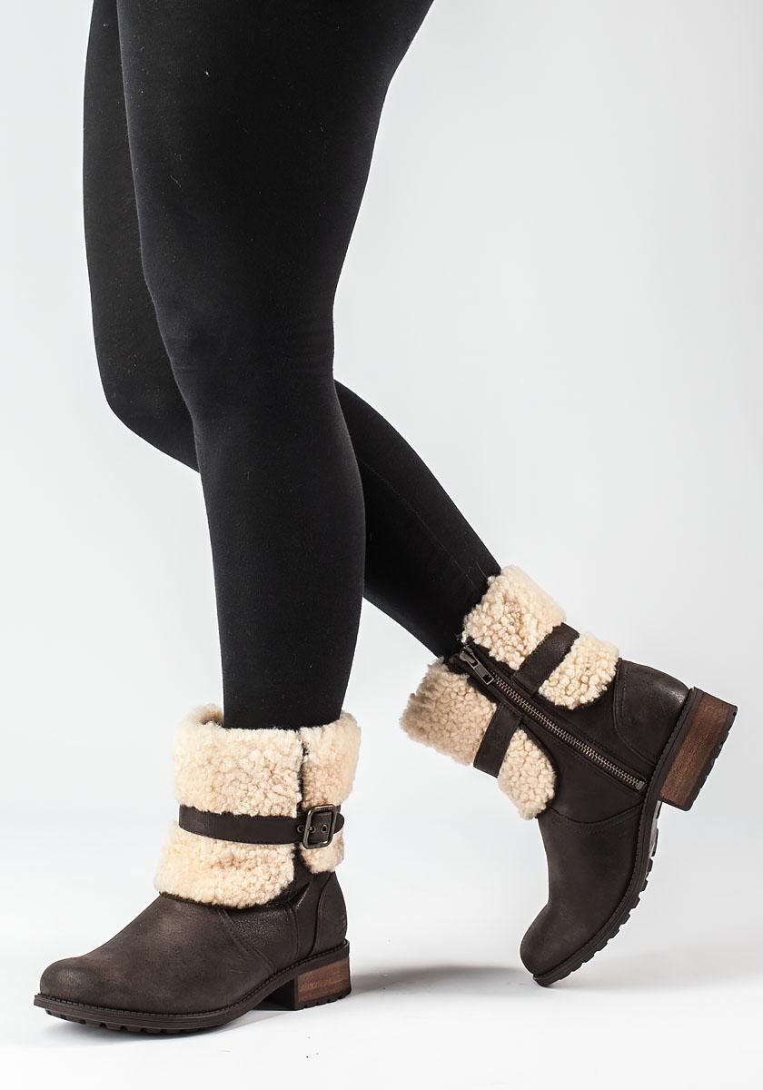 dbe51789915 Ugg Blayre Ii Brown Distressed Boot