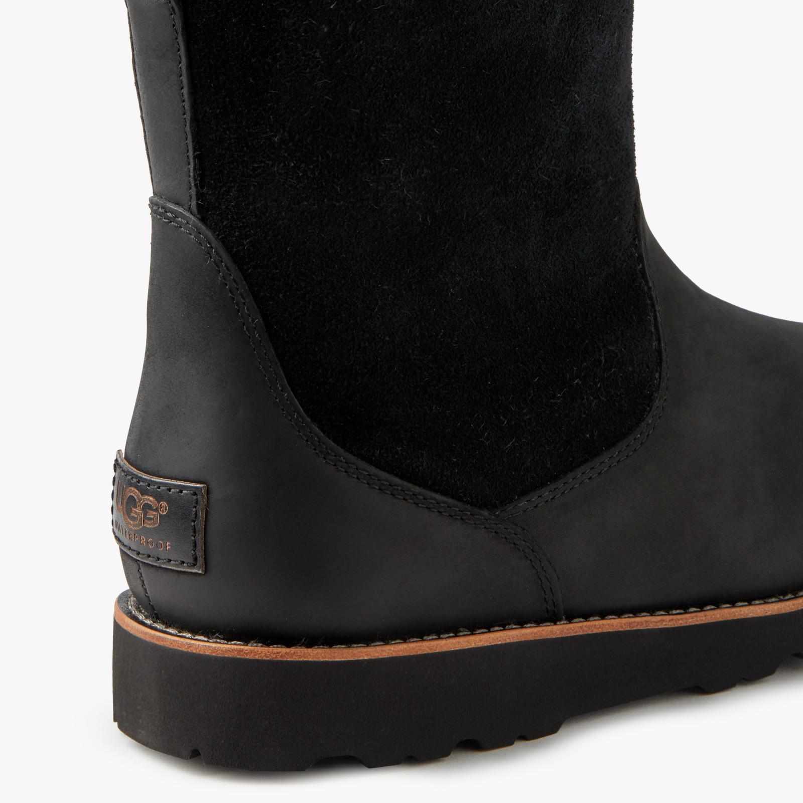 UGG Leather Hendren Waterproof Boots in Black