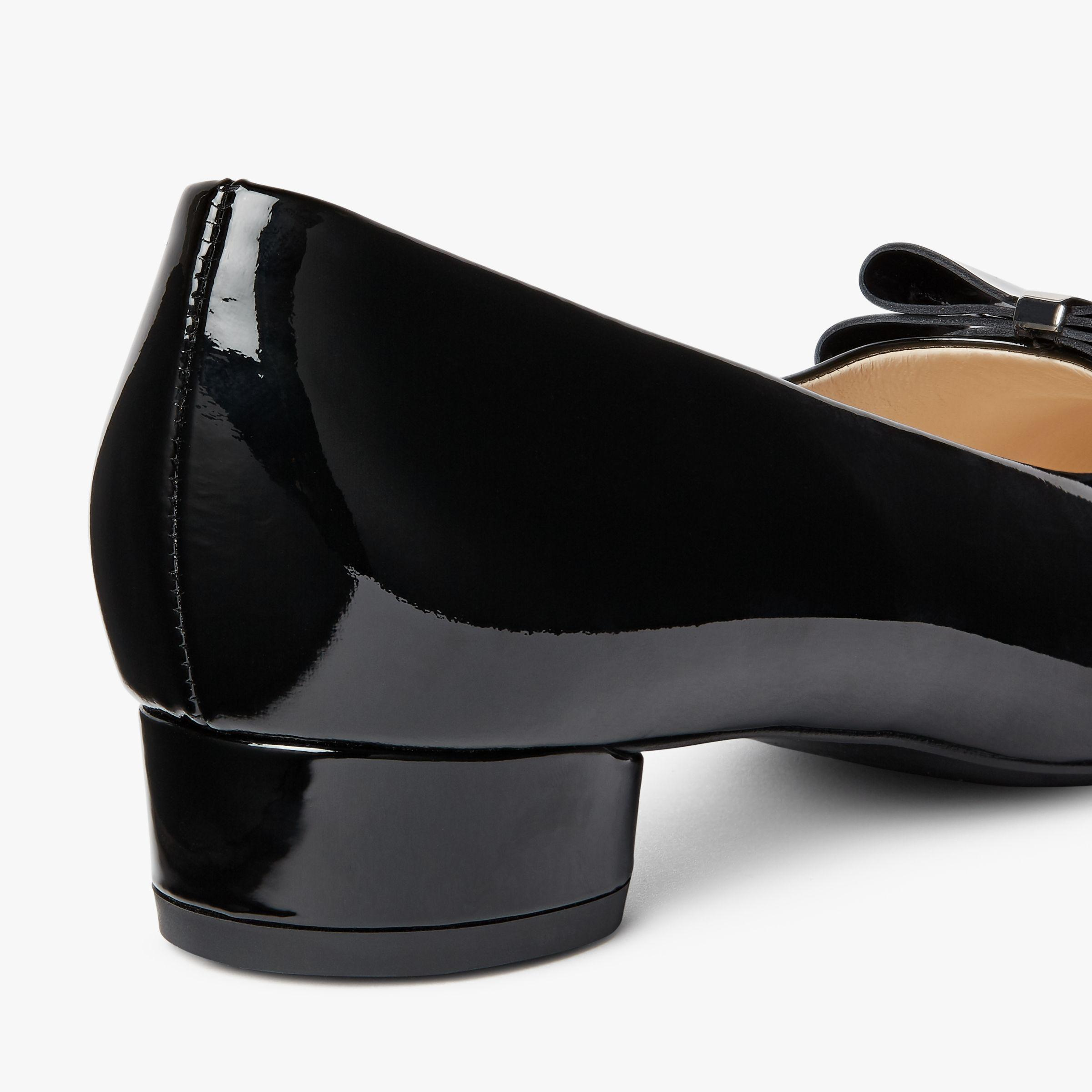 d79d5ebe8f24 Peter Kaiser Esra Low Heel Bow Court Shoes in Black - Lyst