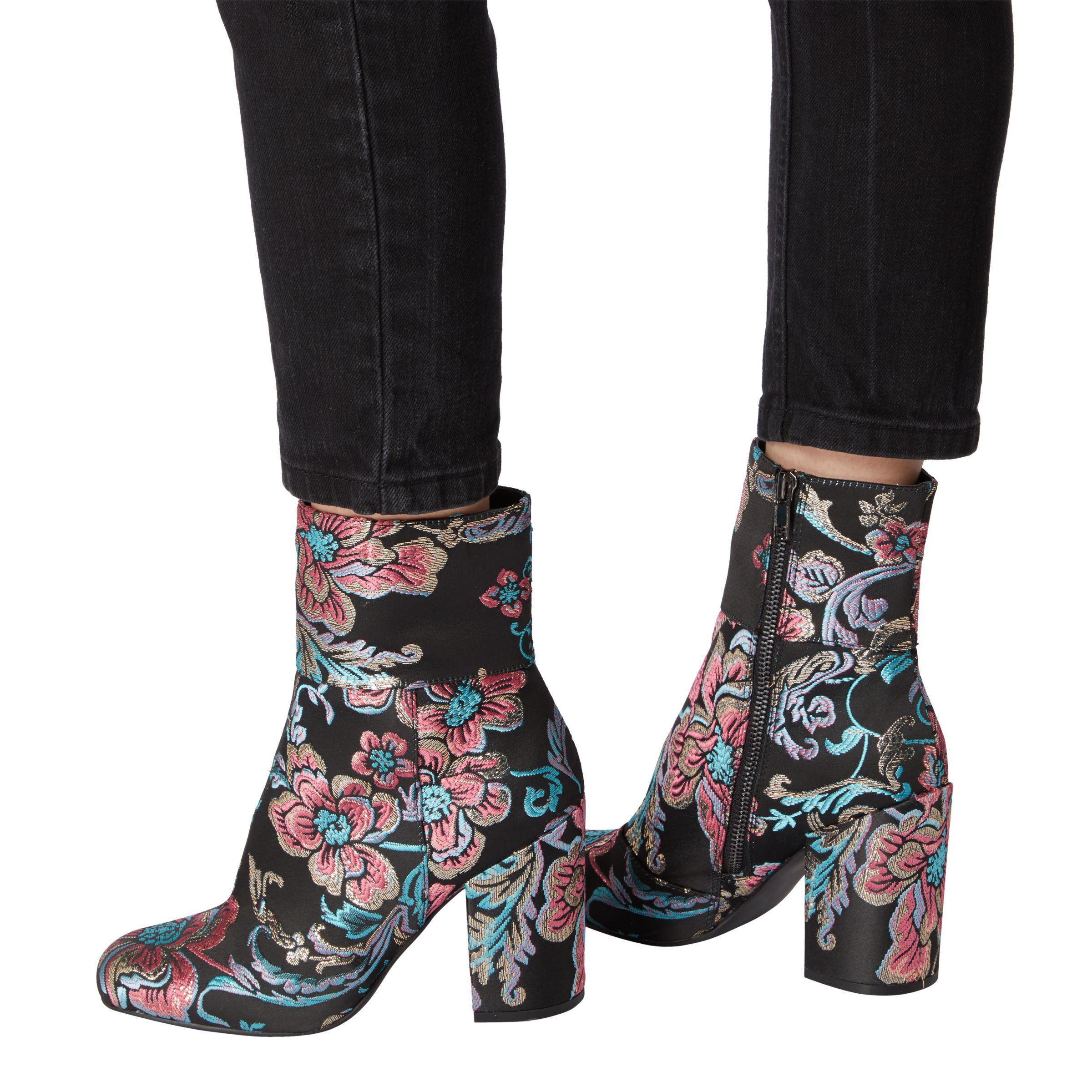 7161180b7ba Steve Madden Goldie Block Heel Ankle Boots - Lyst
