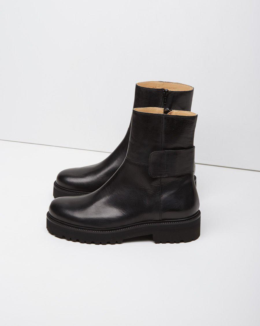 MM6 by Maison Martin Margiela Leather Microsole Combat Boot in Black