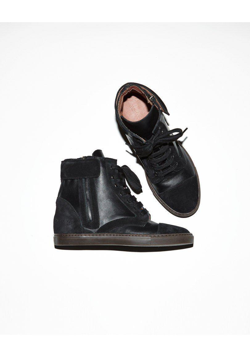 Common Projects Leather Training Boot in Black