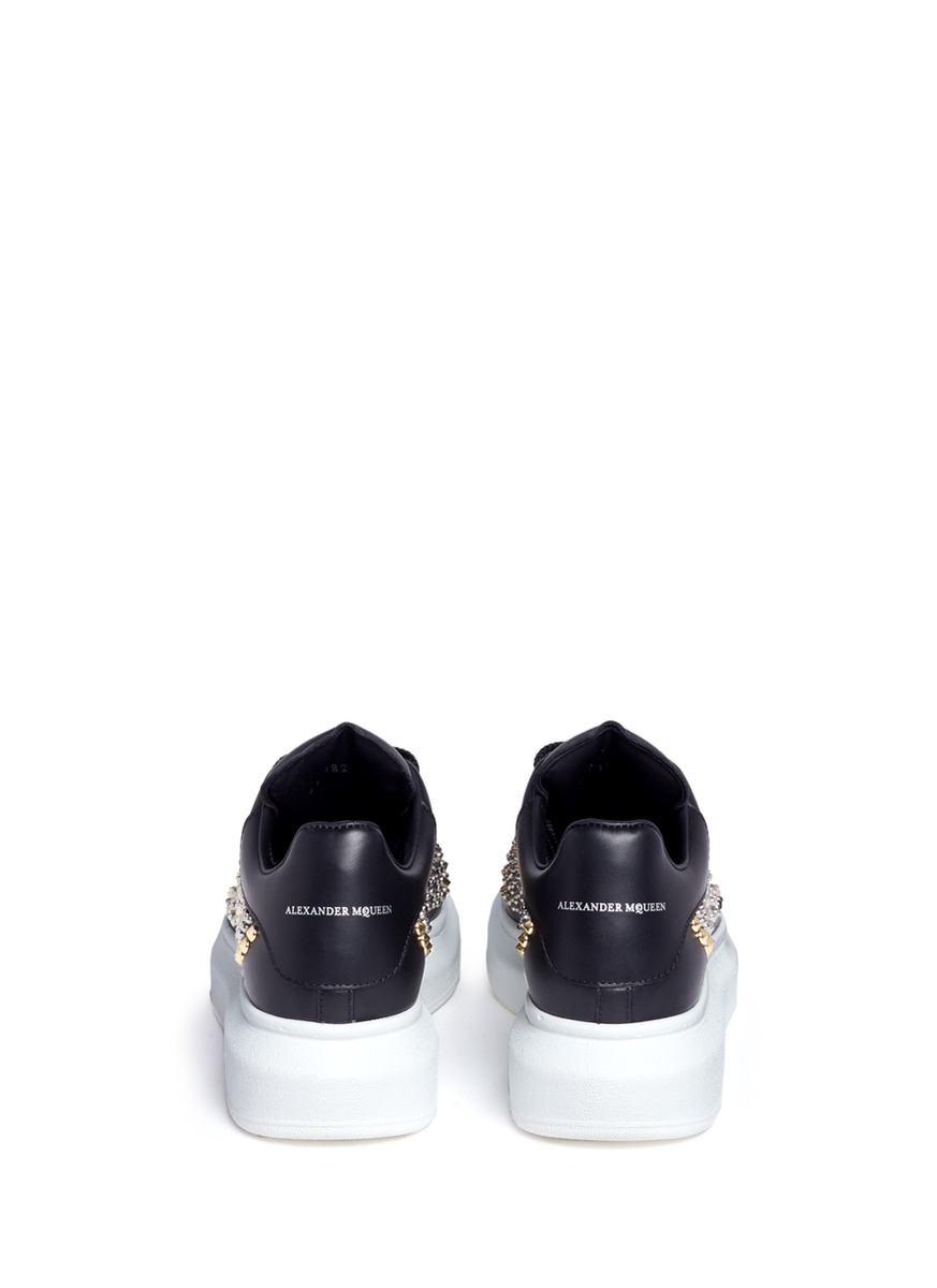 Alexander McQueen Chunky Outsole Mix Stud Leather Sneakers in Black