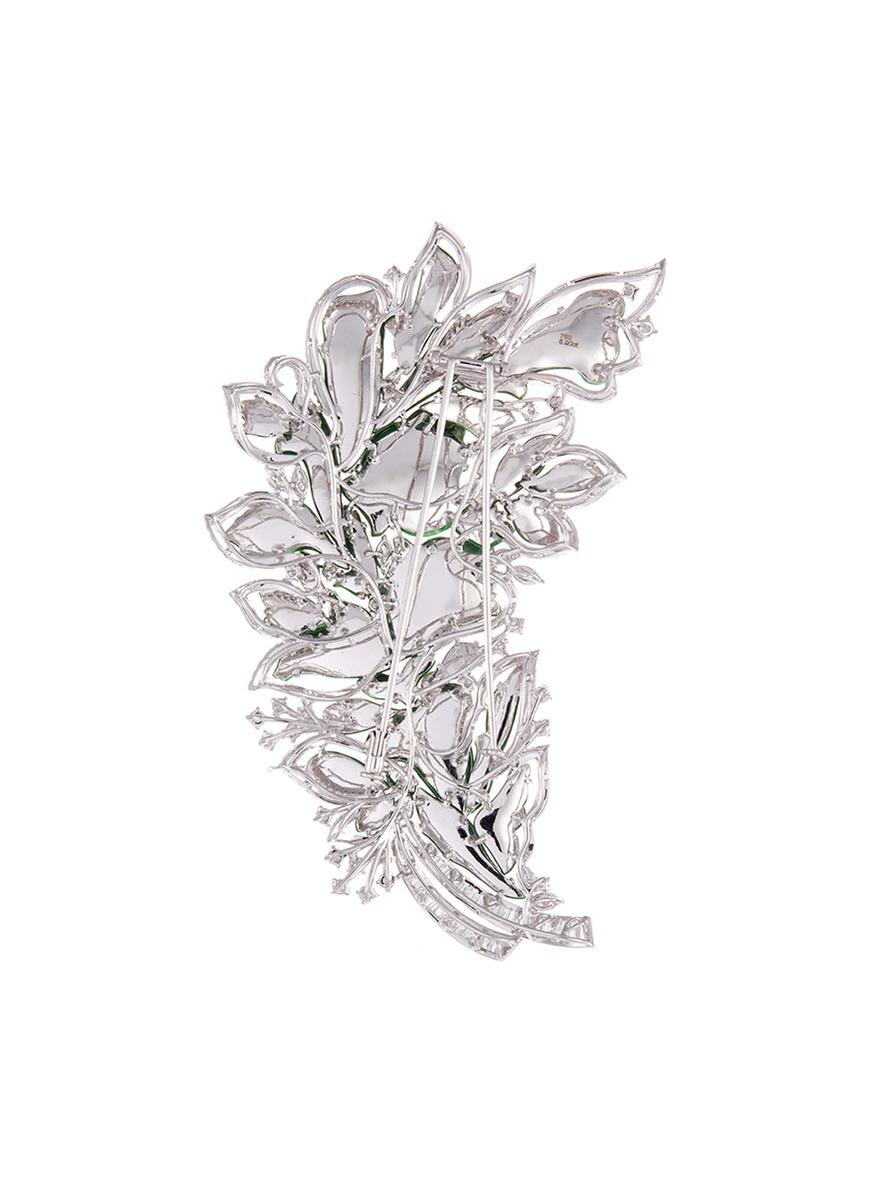 LC COLLECTION Diamond Jade 18k Gold Floral Brooch in Metallic