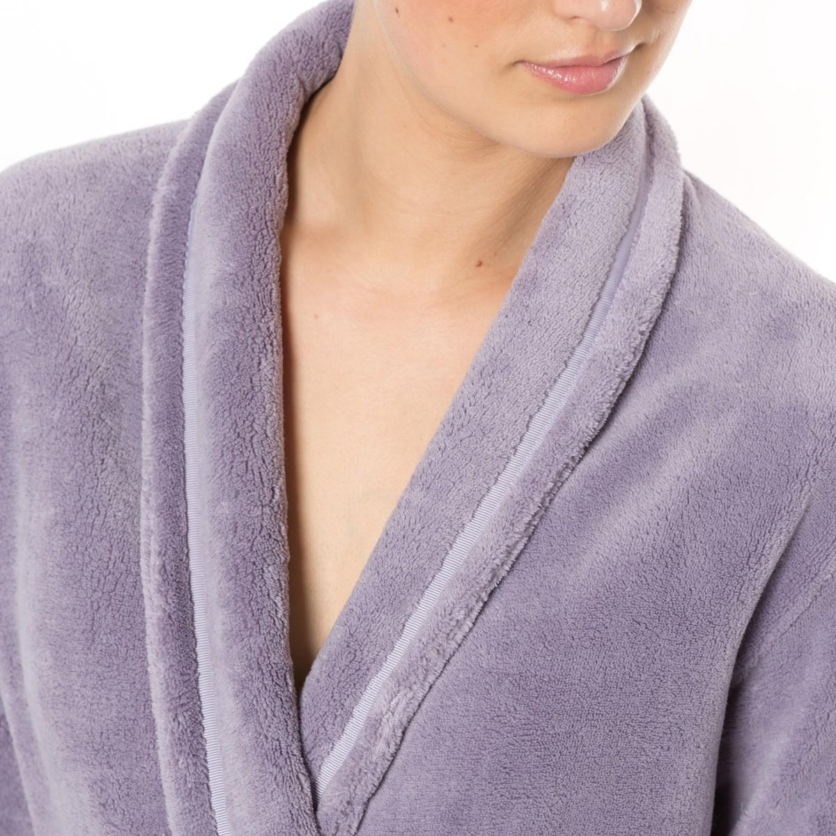lyst la redoute bathrobe with shawl collar in purple. Black Bedroom Furniture Sets. Home Design Ideas