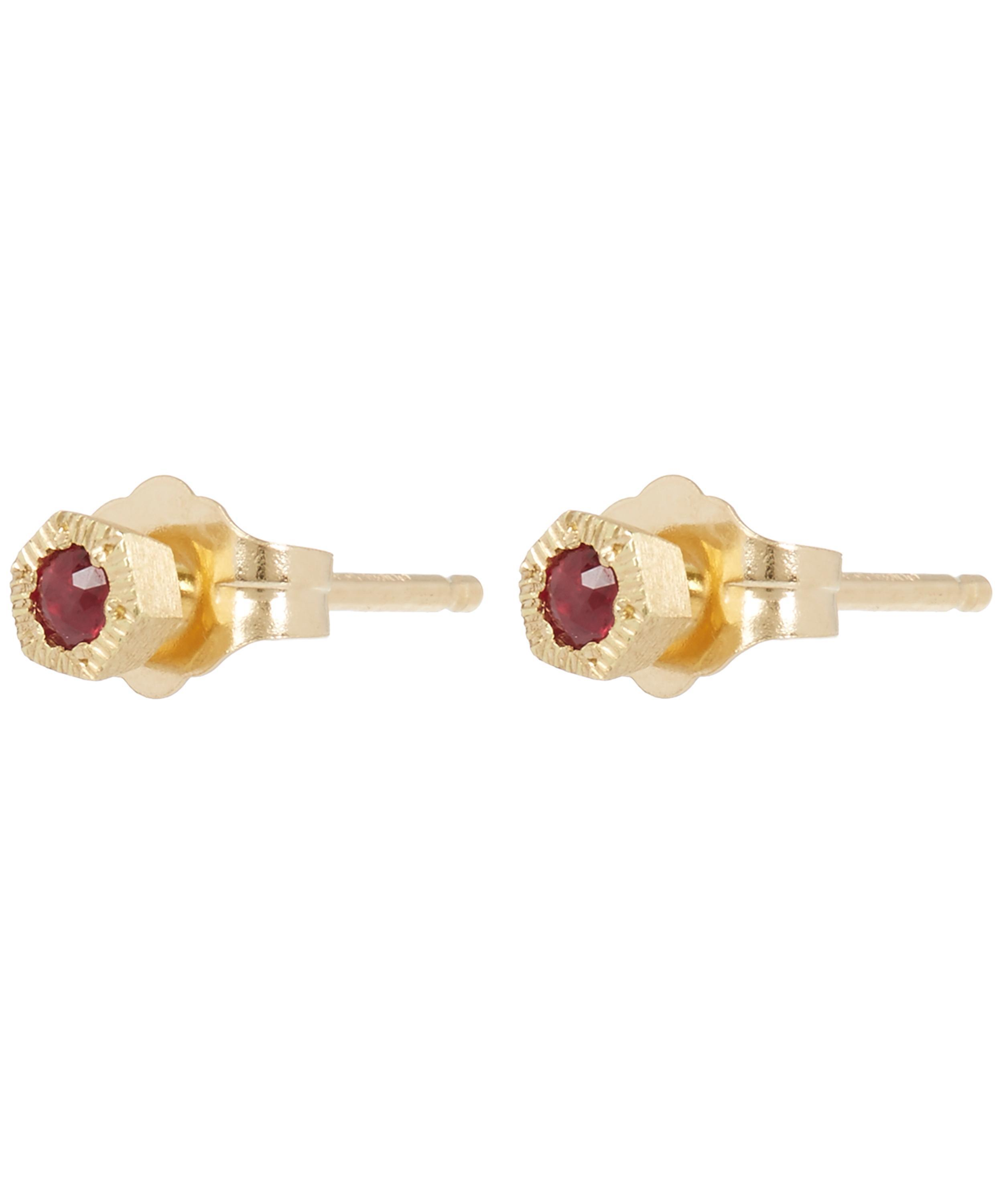pin weight and a diamonds red these with include diamond earrings total cut ruby stud elegant brilliant