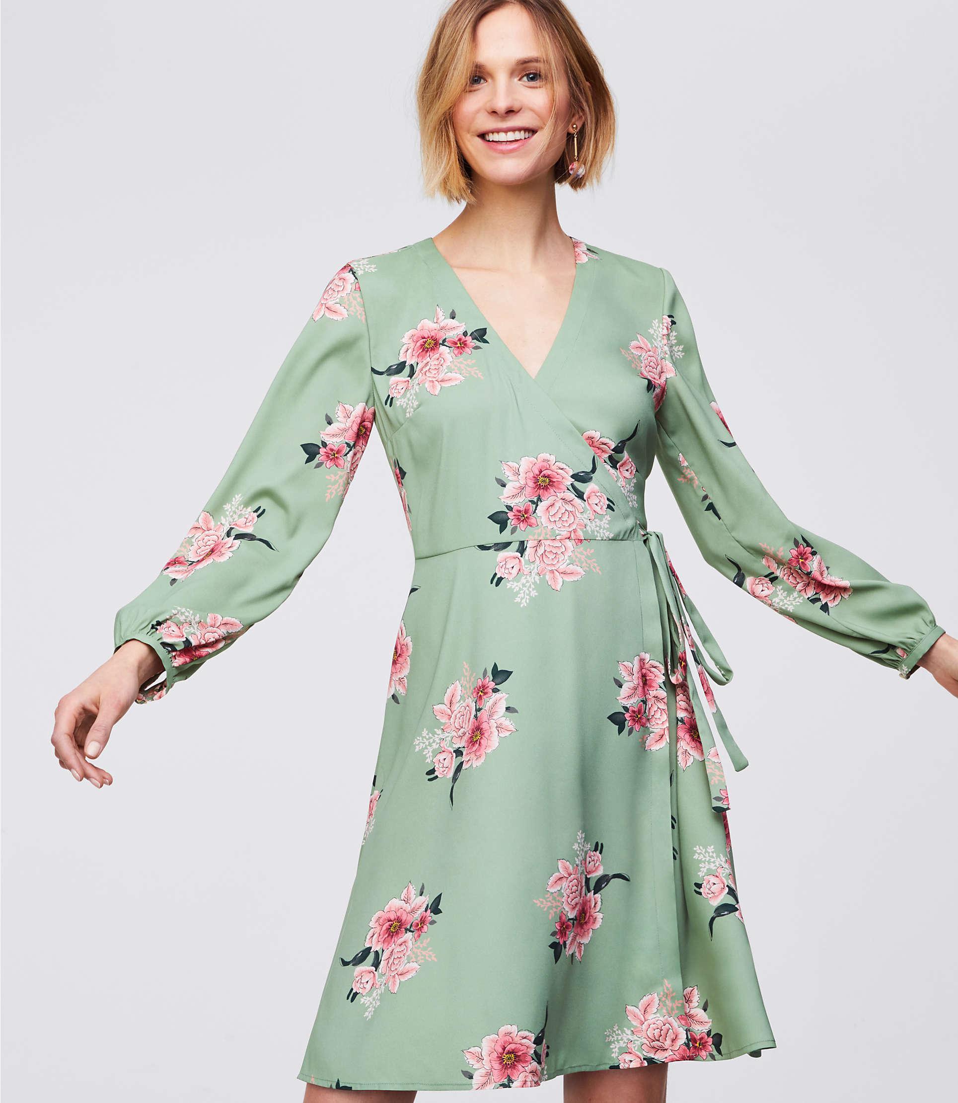 68533c29d4 LOFT Petite Bouquet Wrap Dress in Green - Lyst