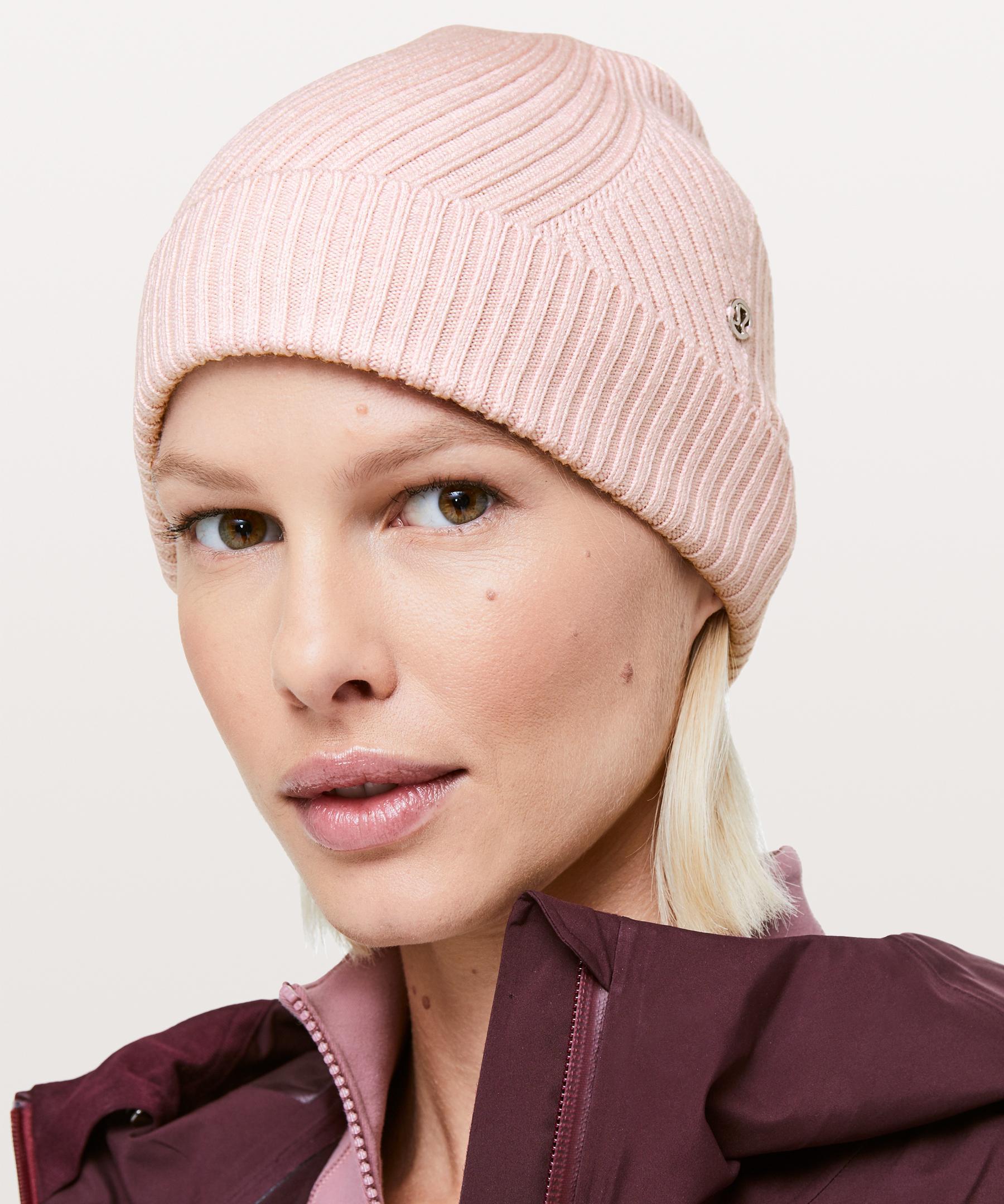 55d73ed8e lululemon athletica Twist Of Cozy Knit Beanie in Pink - Lyst