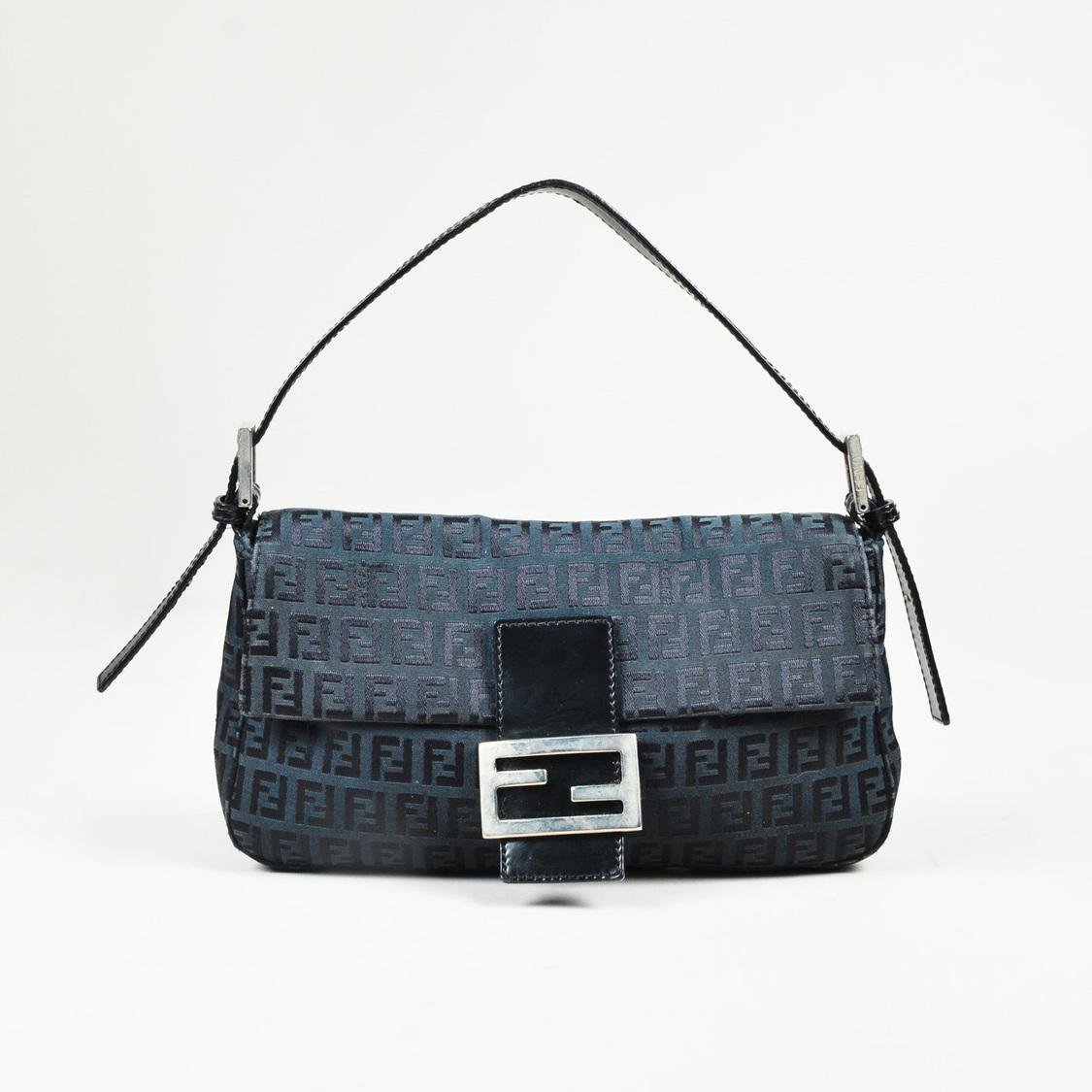 faa89a9bd1 Gallery. Previously sold at  Luxury Garage Sale · Women s Fendi Baguette ...