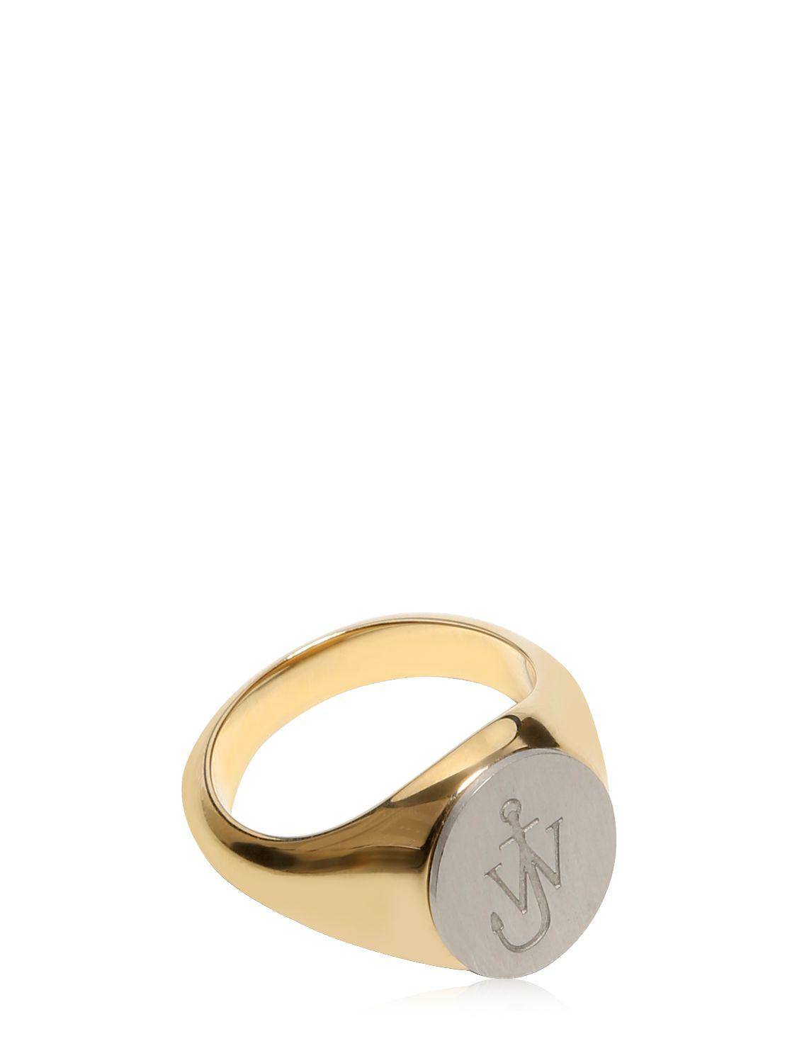 JW Anderson Logo Ring in Gold (Metallic)
