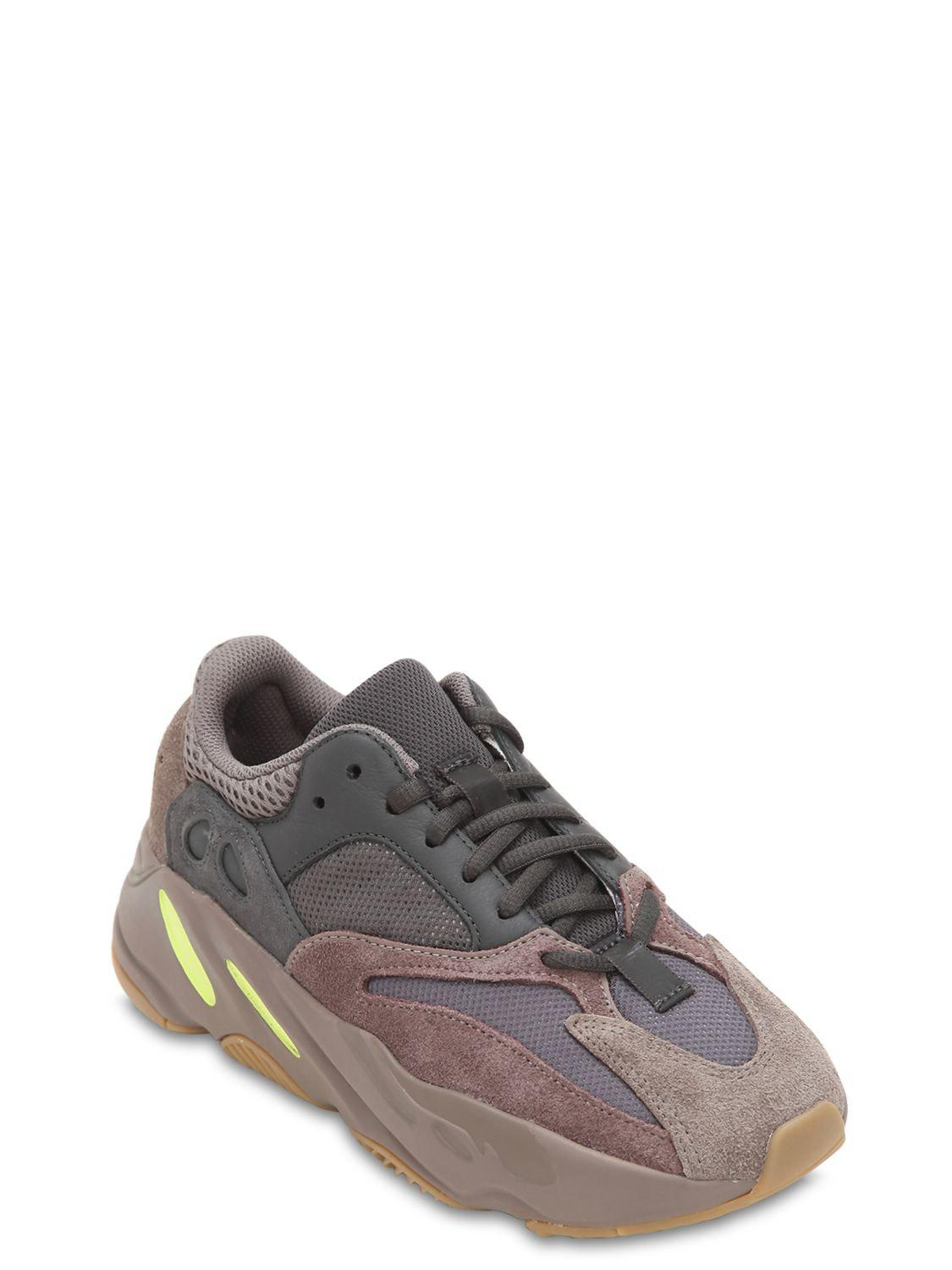 1e9affdc7 Lyst - Yeezy Boost 700 Mauve Runner Sneakers in Purple