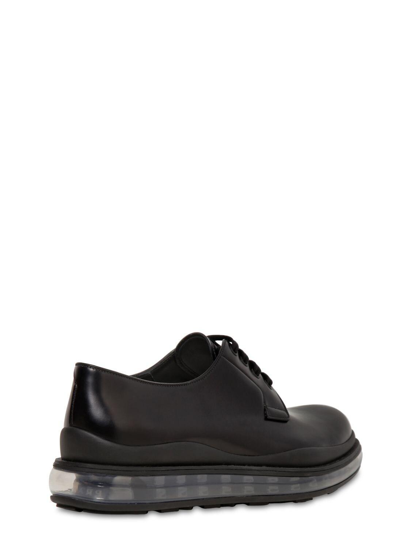 """Zapatos Derby """"Levitate"""" De Piel Prada de hombre de color Negro"""
