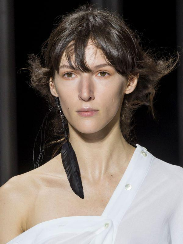Ann Demeulemeester Feather Mono Earring W/ Imitation Pearls in Black
