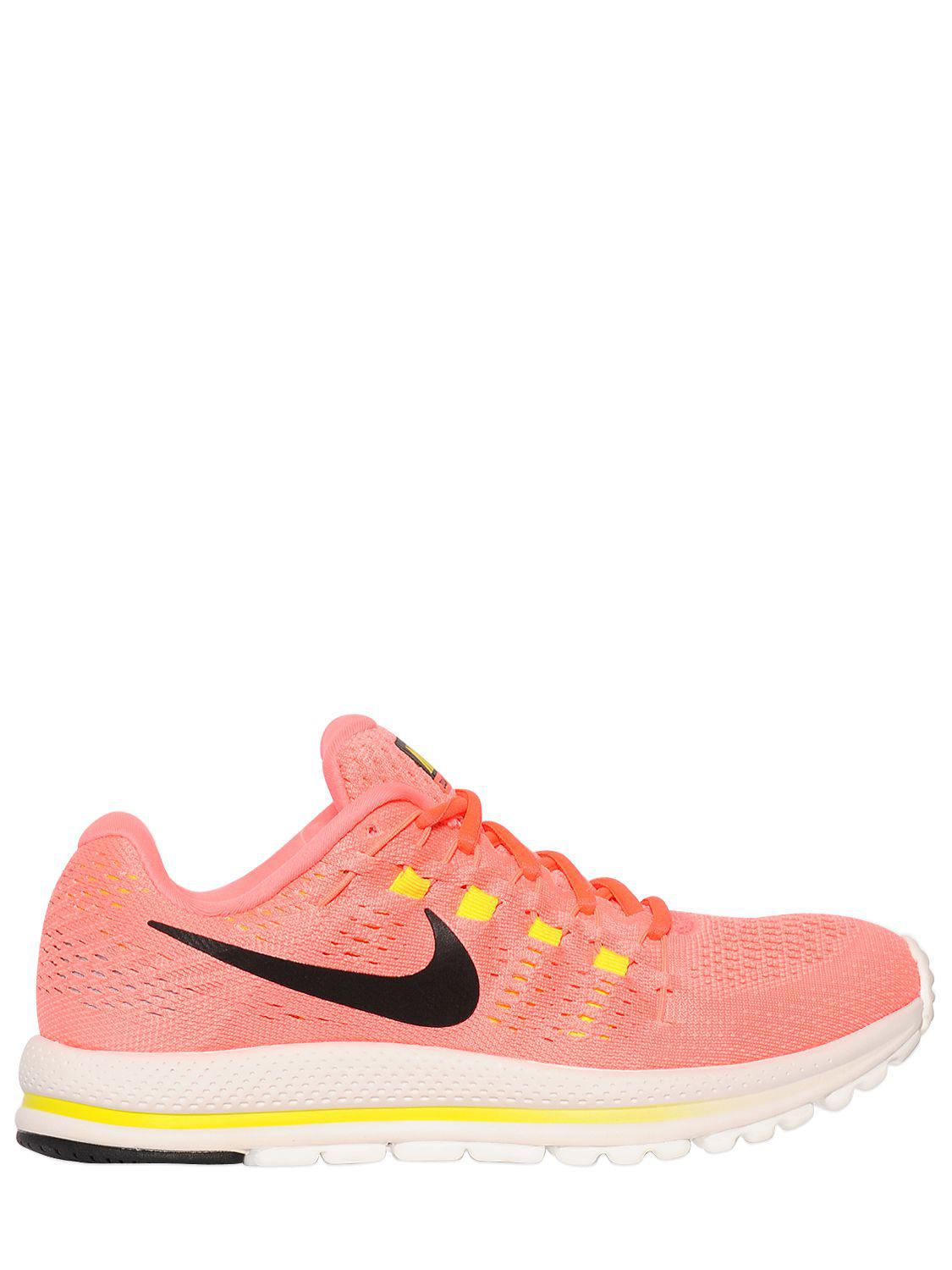 c157339ae947a Nike Running Air Zoom Vomero 12 Sneakers in Pink - Lyst