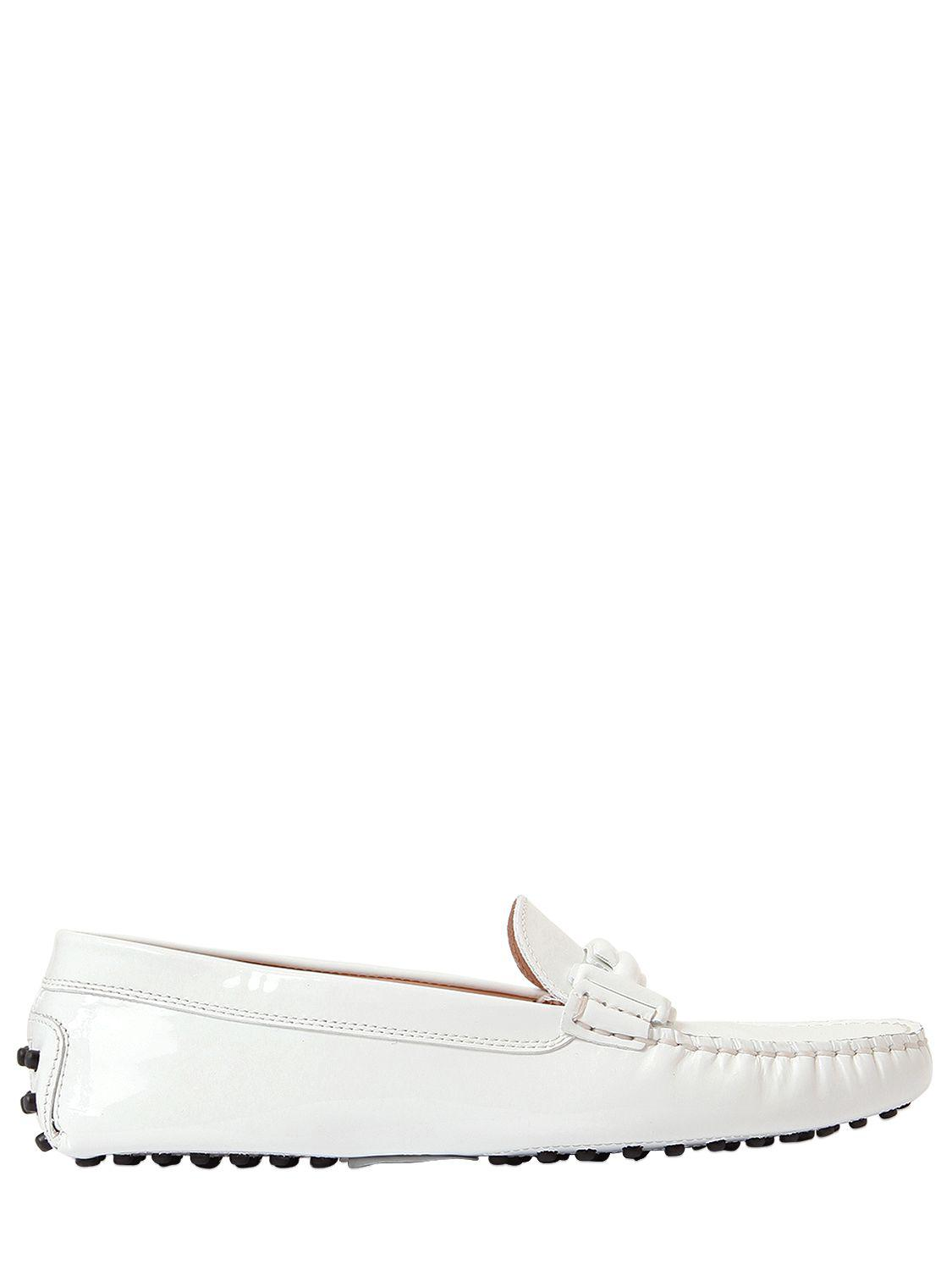 8054a6bc84b04 Tod's Gommino Double T Patent Leather Loafers in White - Lyst