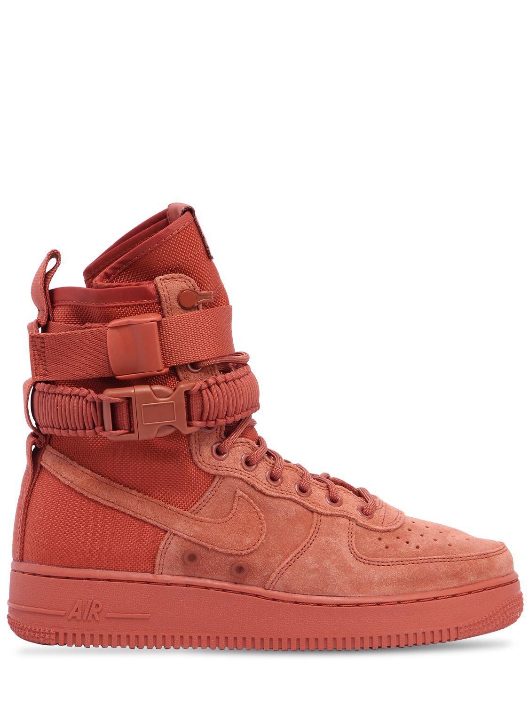 lyst nike air force 1 speciale campo scamosciato scarpe in rosso per gli uomini.