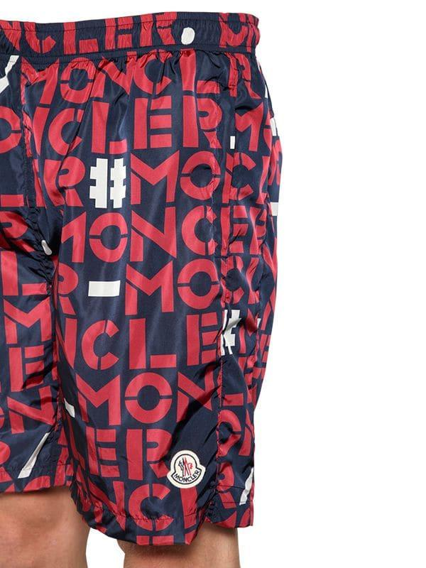 16a7392c4f Moncler Genius 1952 Letter Printed Swim Shorts in Red for Men - Lyst