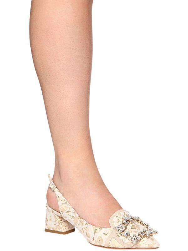 Zapatos Pumps Destalonados Con Hebilla 45Mm Roger Vivier de Cuero de color Neutro