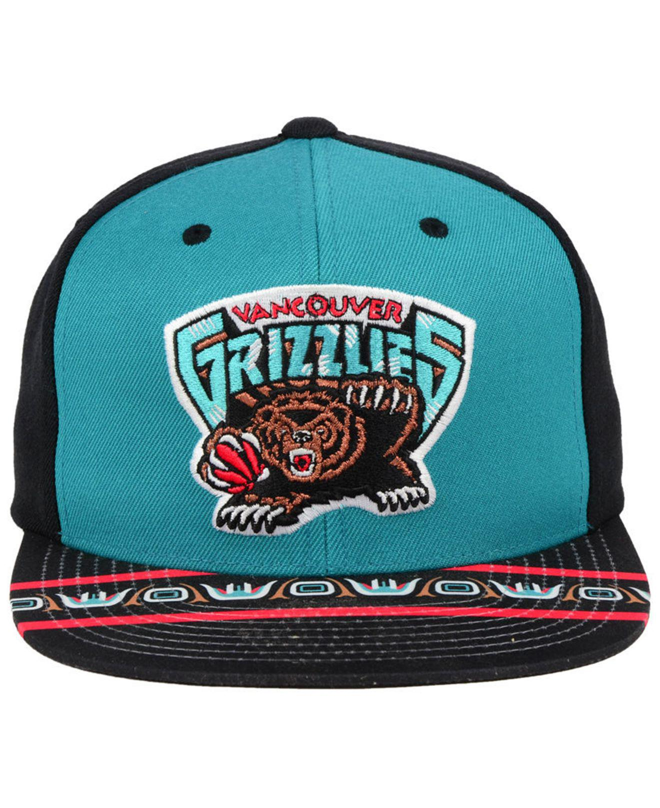 new concept d6ff7 cb128 Mitchell   Ness Vancouver Grizzlies Winning Team Snapback Cap for ...