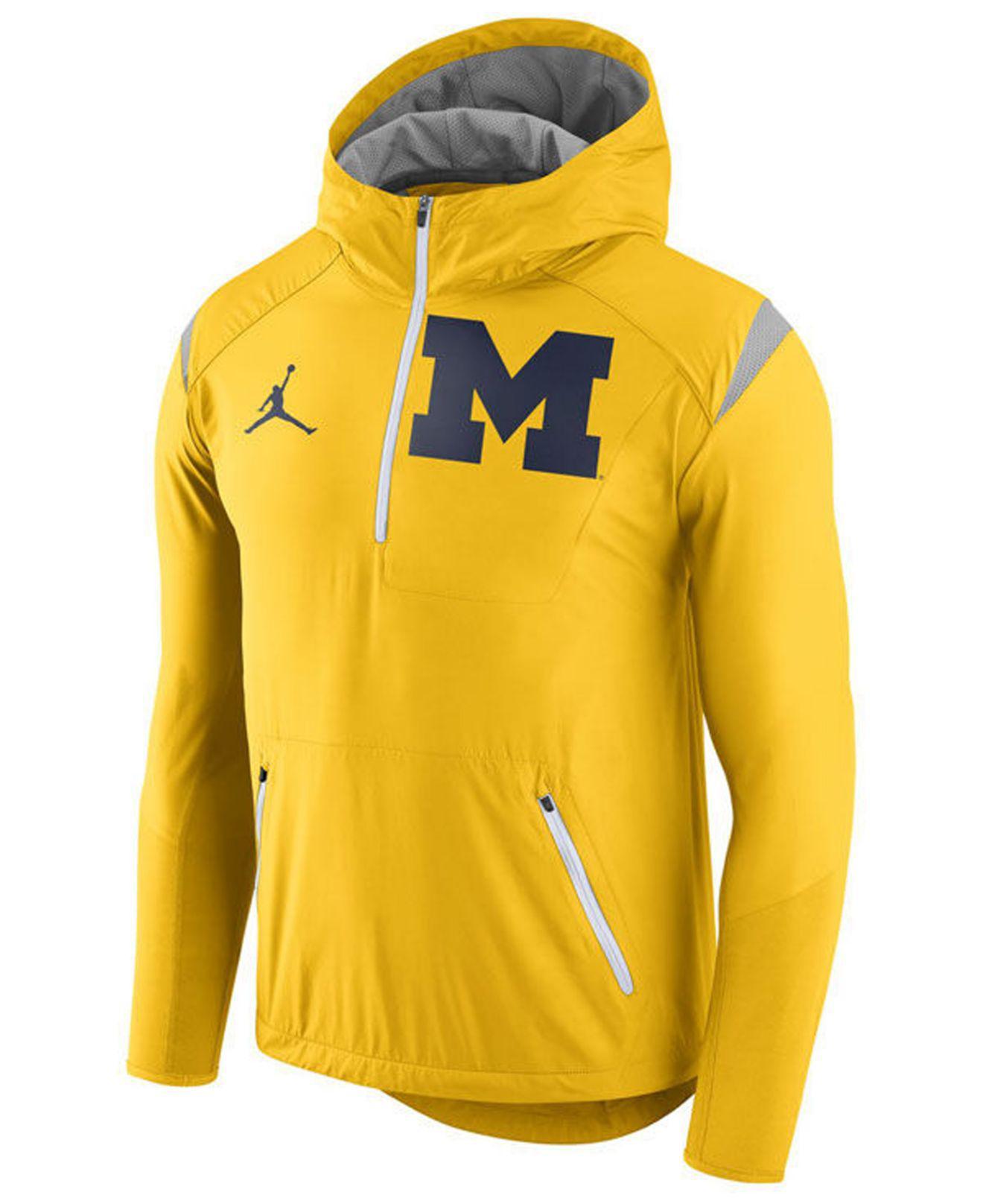 nike hoodie quarter zip