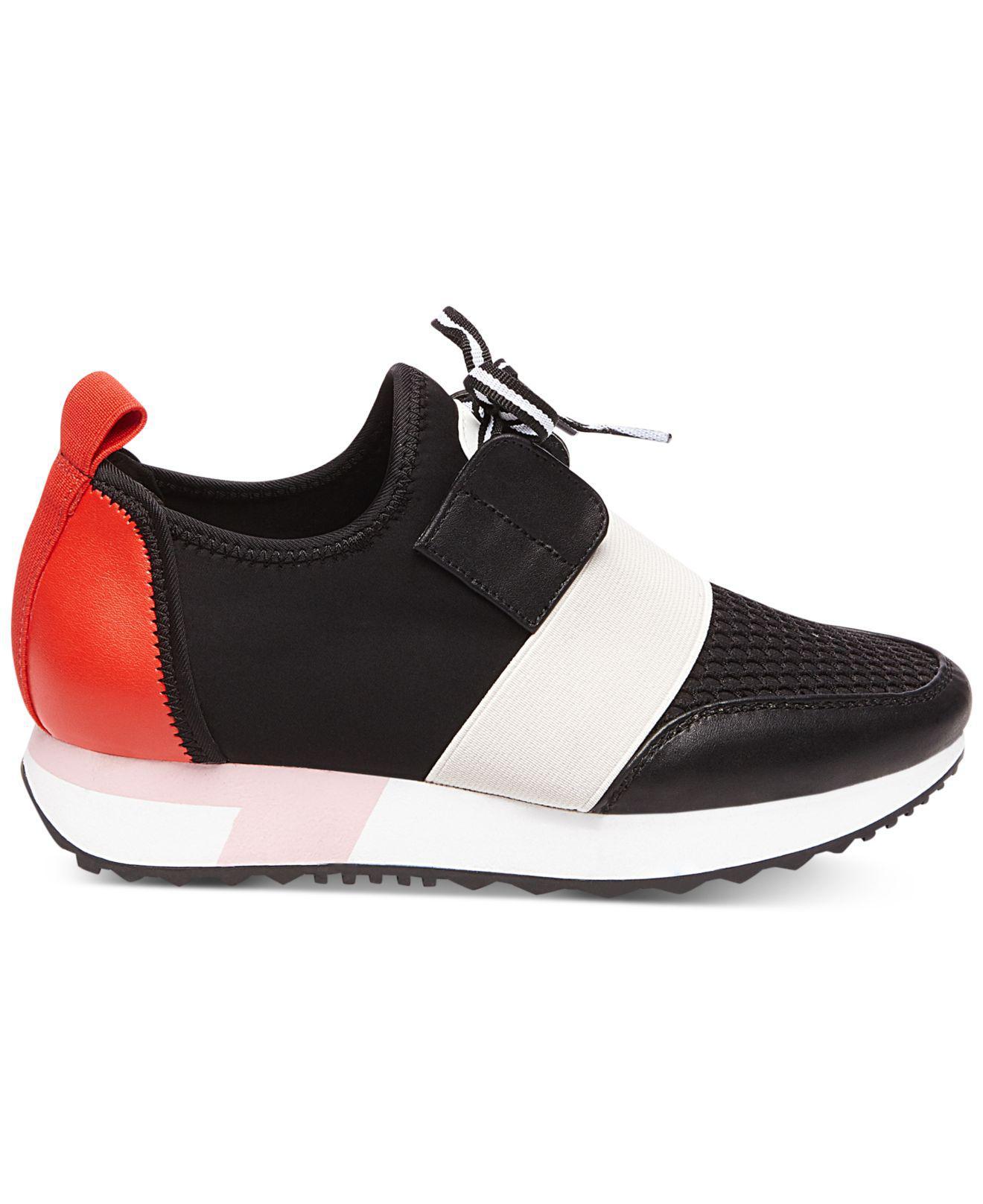 Steve Madden Antics Sneaker in Black