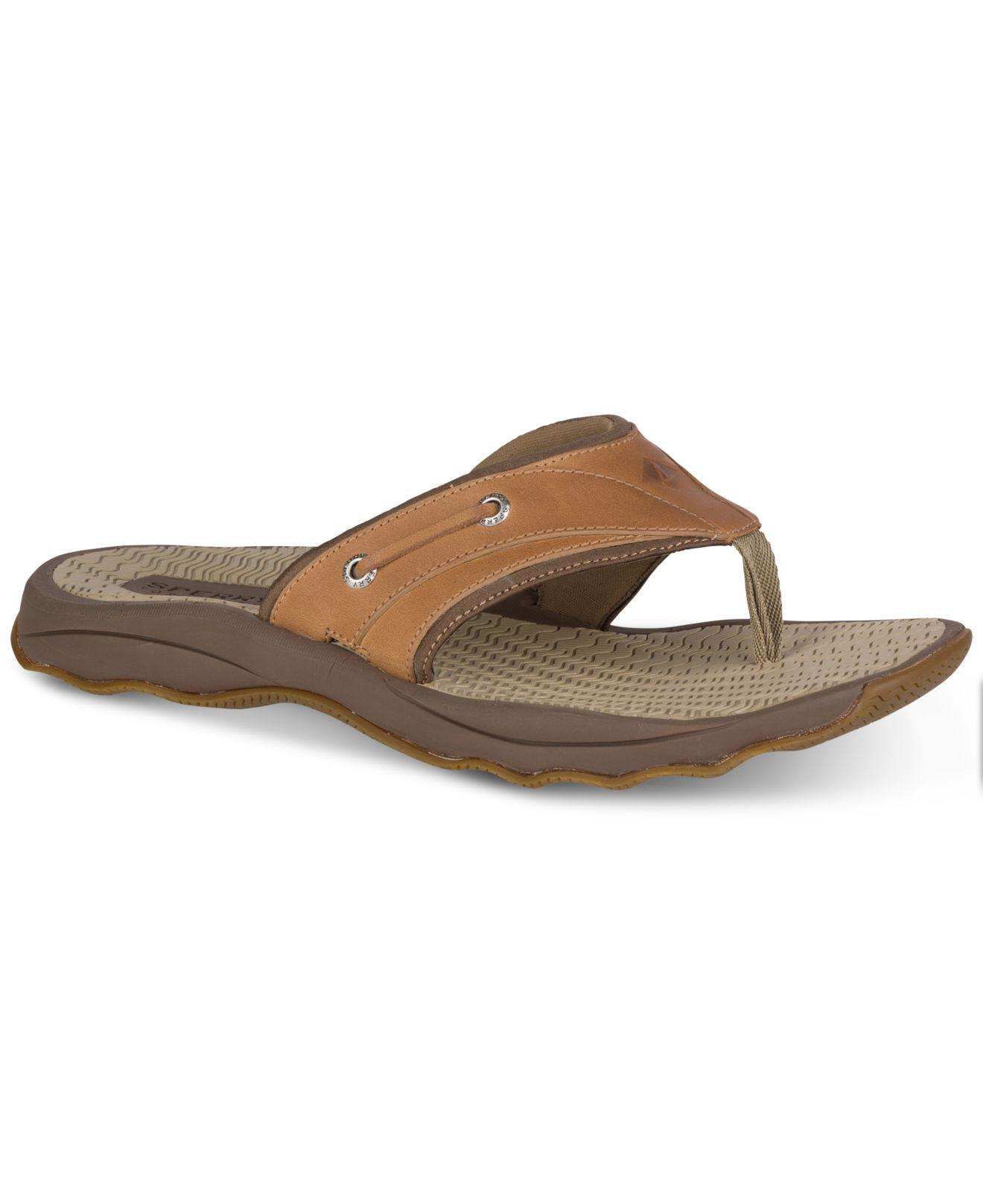 e0ea120606b16f Lyst - Sperry Top-Sider Outerbanks Thong Sandals in Brown