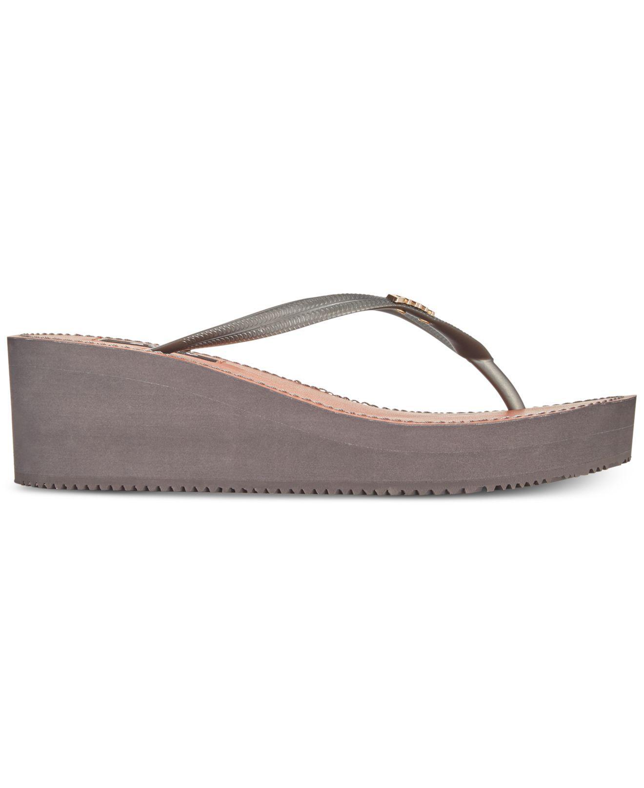 5e1d34e85e67 DKNY - Multicolor Mar Wedge Sandals
