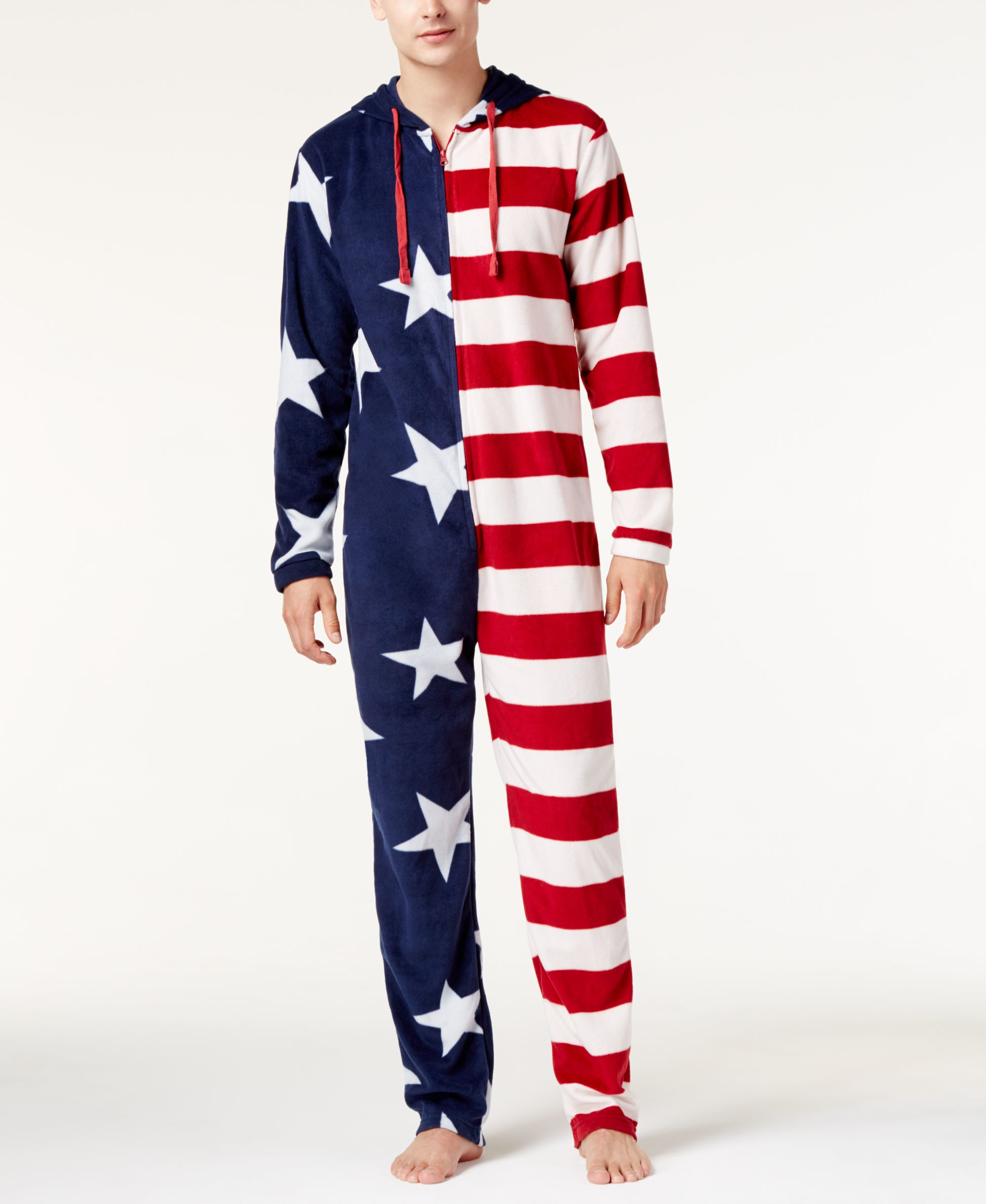 Our American flag clothing is the perfect choice for not just Fourth of July, but all year round. Our selection of patriotic shirts, eagle shirts, American flag board shorts, and Support our Troop Shirts are high quality, patriotic, and stand as a tribute to the country we all love so much.