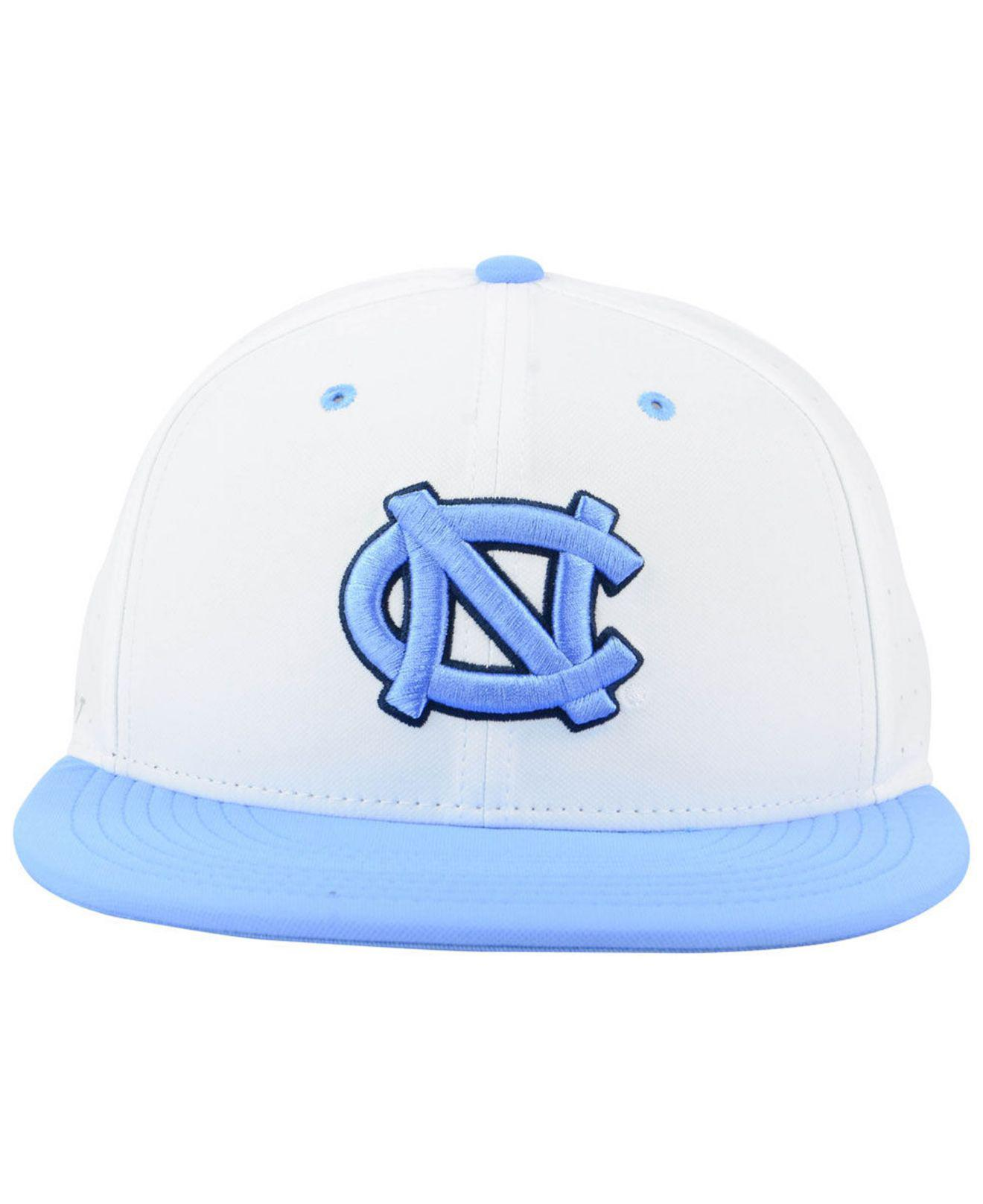new concept b320a 9b397 Nike - White North Carolina Tar Heels Aerobill True Fitted Baseball Cap for  Men - Lyst. View fullscreen