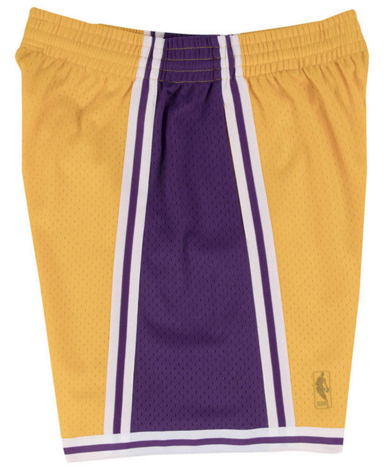 3321c4c4b33 Lyst - Mitchell   Ness Los Angeles Lakers Swingman Shorts in Purple for Men